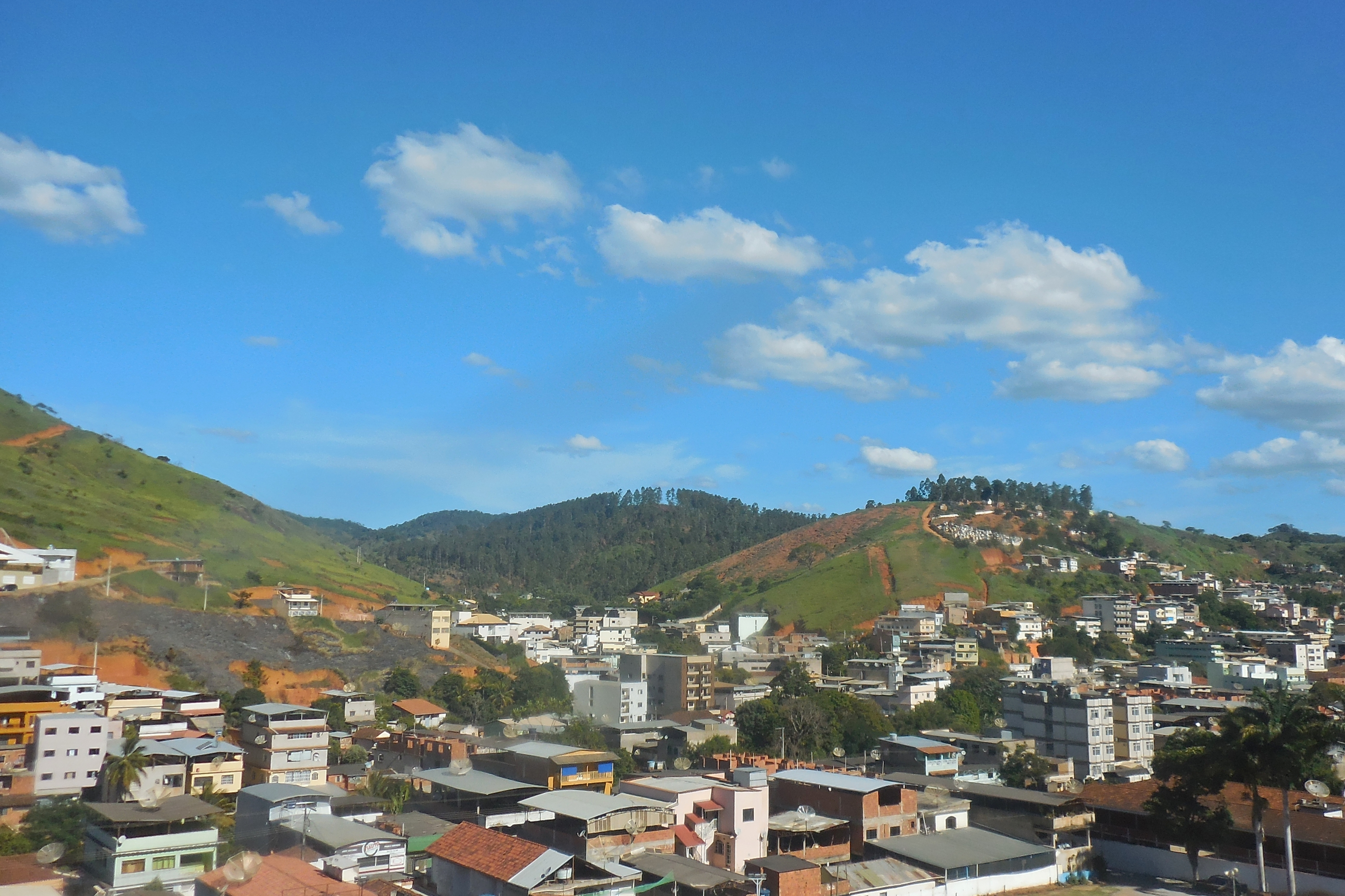 Inhapim Minas Gerais fonte: upload.wikimedia.org