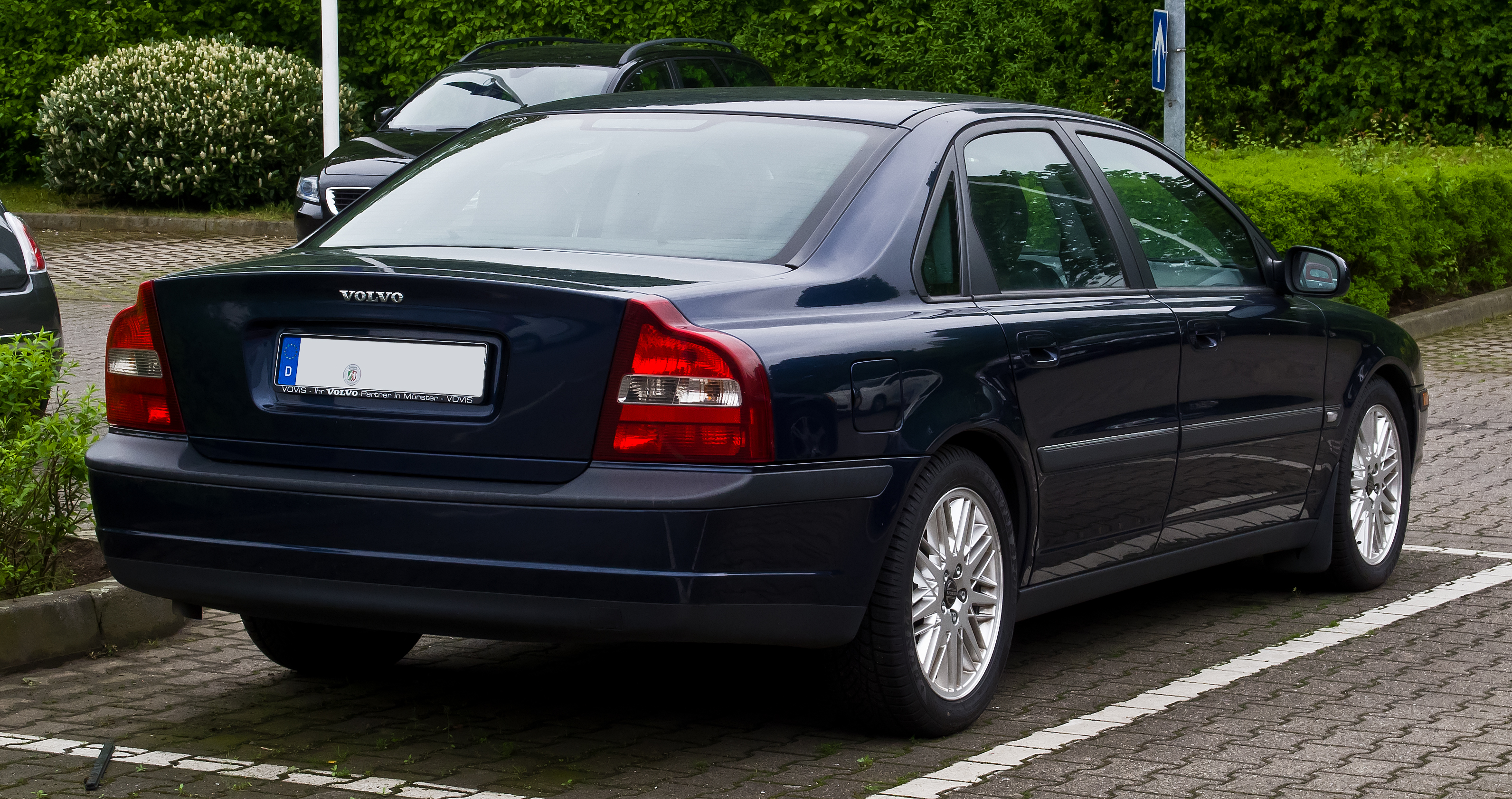 file volvo s80 i heckansicht 18 mai 2013 m wikimedia commons. Black Bedroom Furniture Sets. Home Design Ideas
