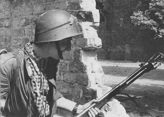 Warsaw_Uprising_-_Small_PASTa_-_Flamethr