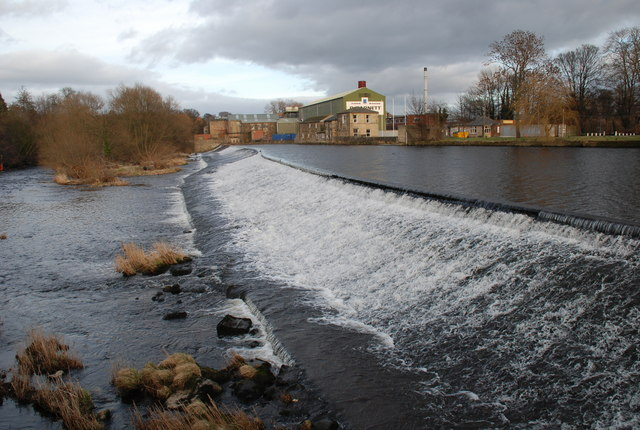 Weir at Otley - geograph.org.uk - 1173828