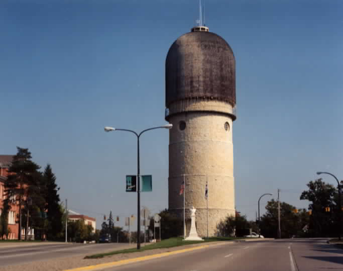 File:YpsilantiWaterTower.jpg - Wikipedia, the free encyclopedia