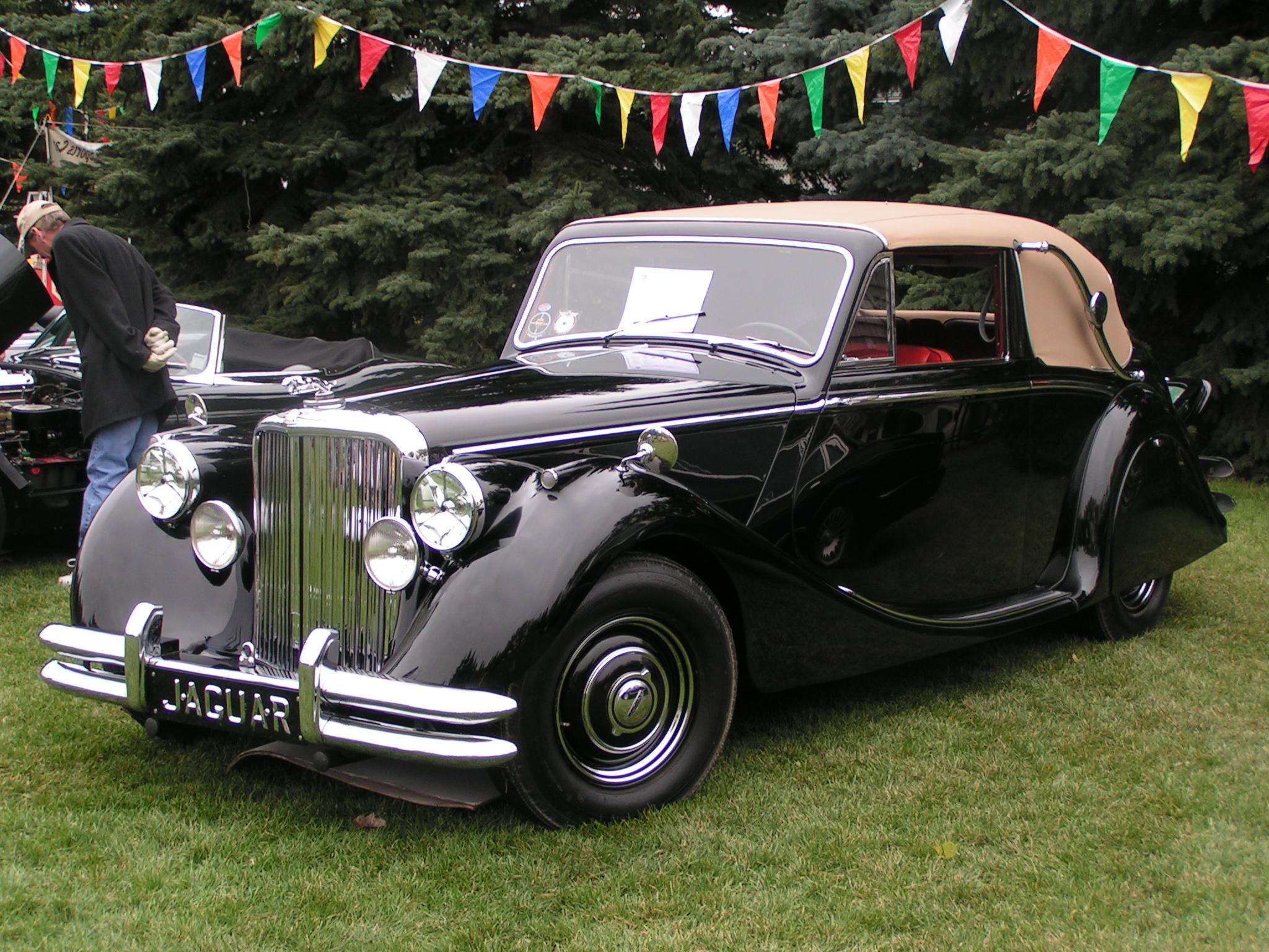 1949_Jaguar_MK_V_DHC_%28466211118%29.jpg