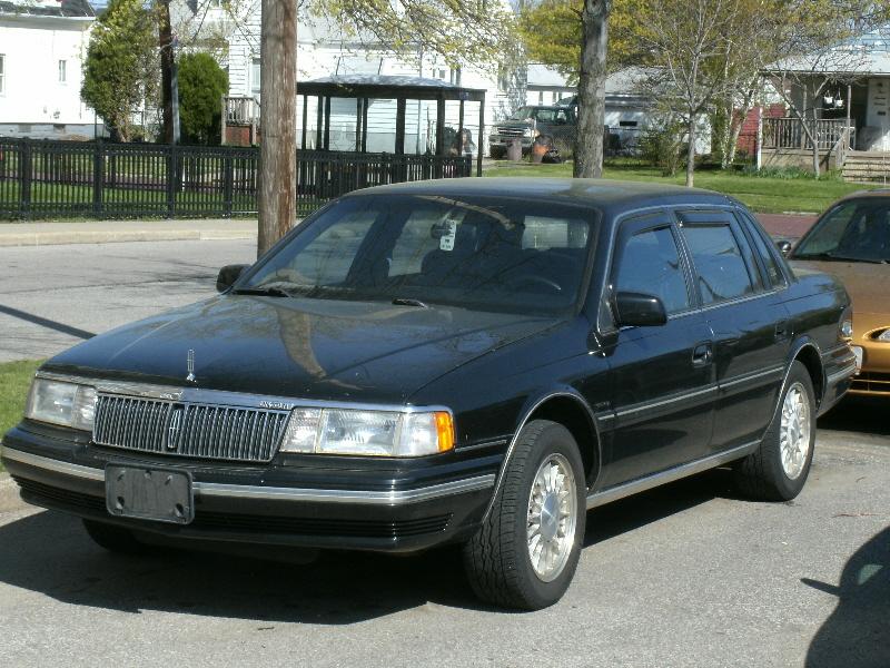1993 Lincoln Continental Executive - Sedan 3.8L V6 auto