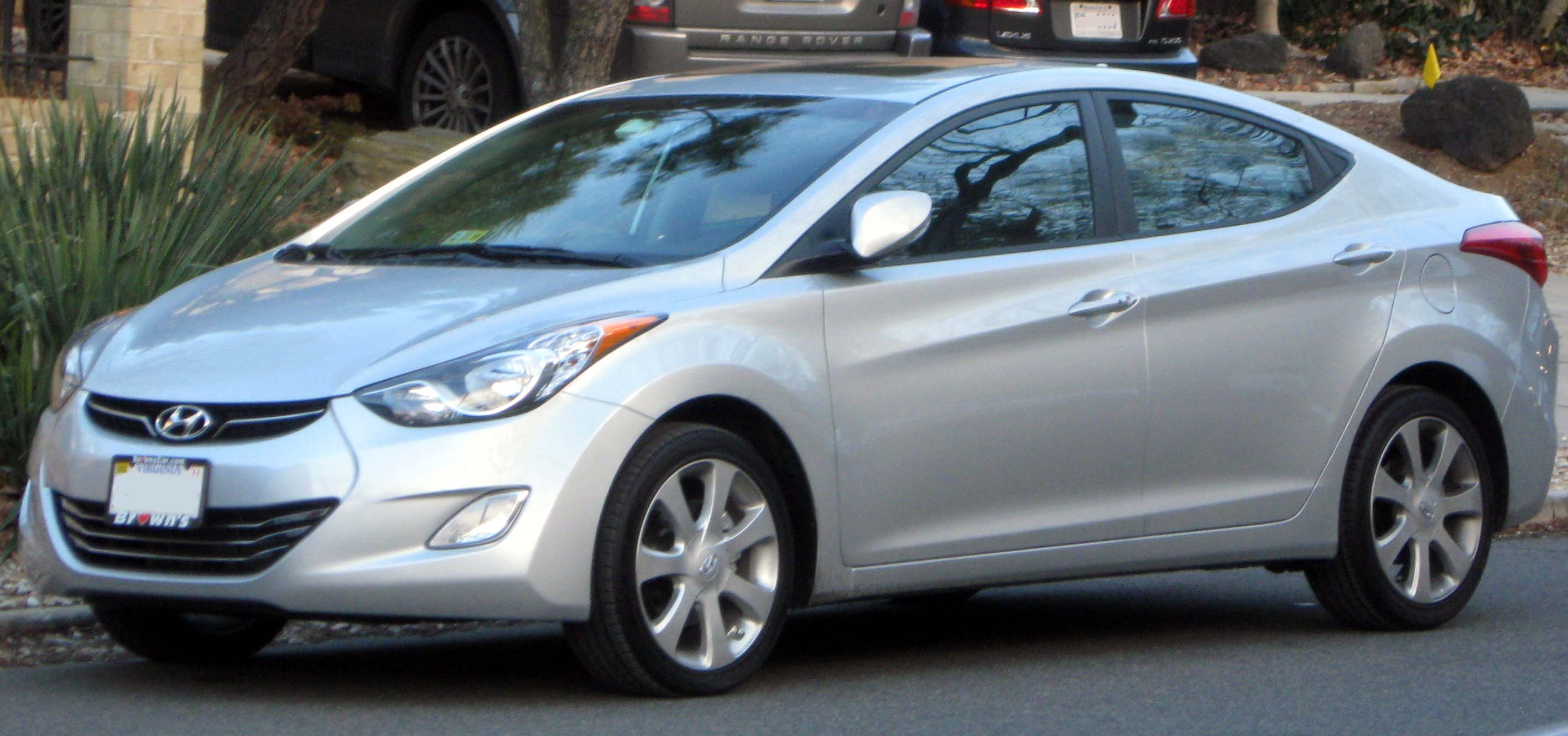 Description 2011 Hyundai Elantra Limited -- 01-04-2011.jpg