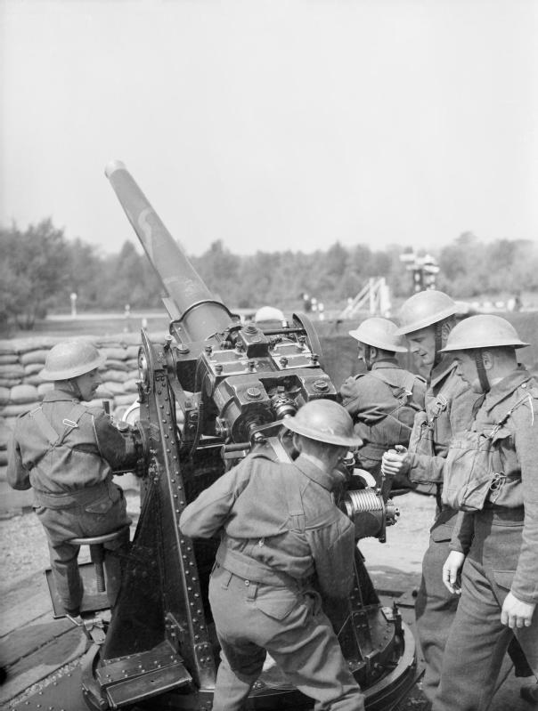 "IWM caption reads : ""3-inch gun crew of 3..."