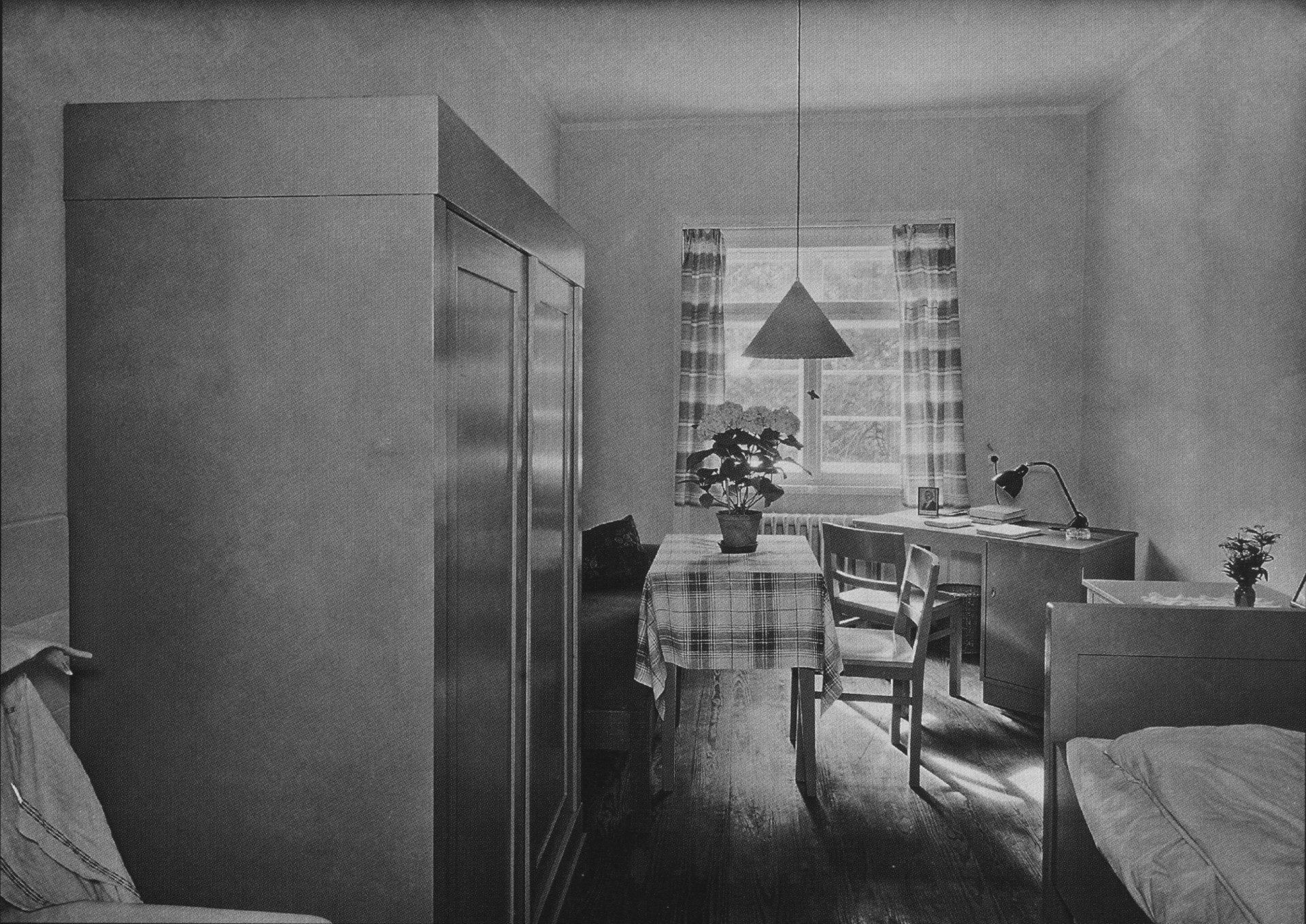 file ahw zimmer studentenheim leipzig nach 1931 wikimedia commons. Black Bedroom Furniture Sets. Home Design Ideas