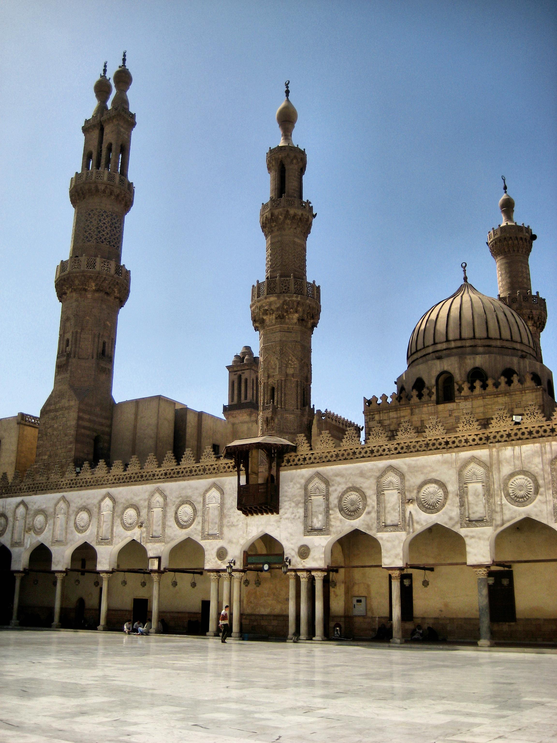 File:Al Azhar Mosque Interior (2346945969).jpg