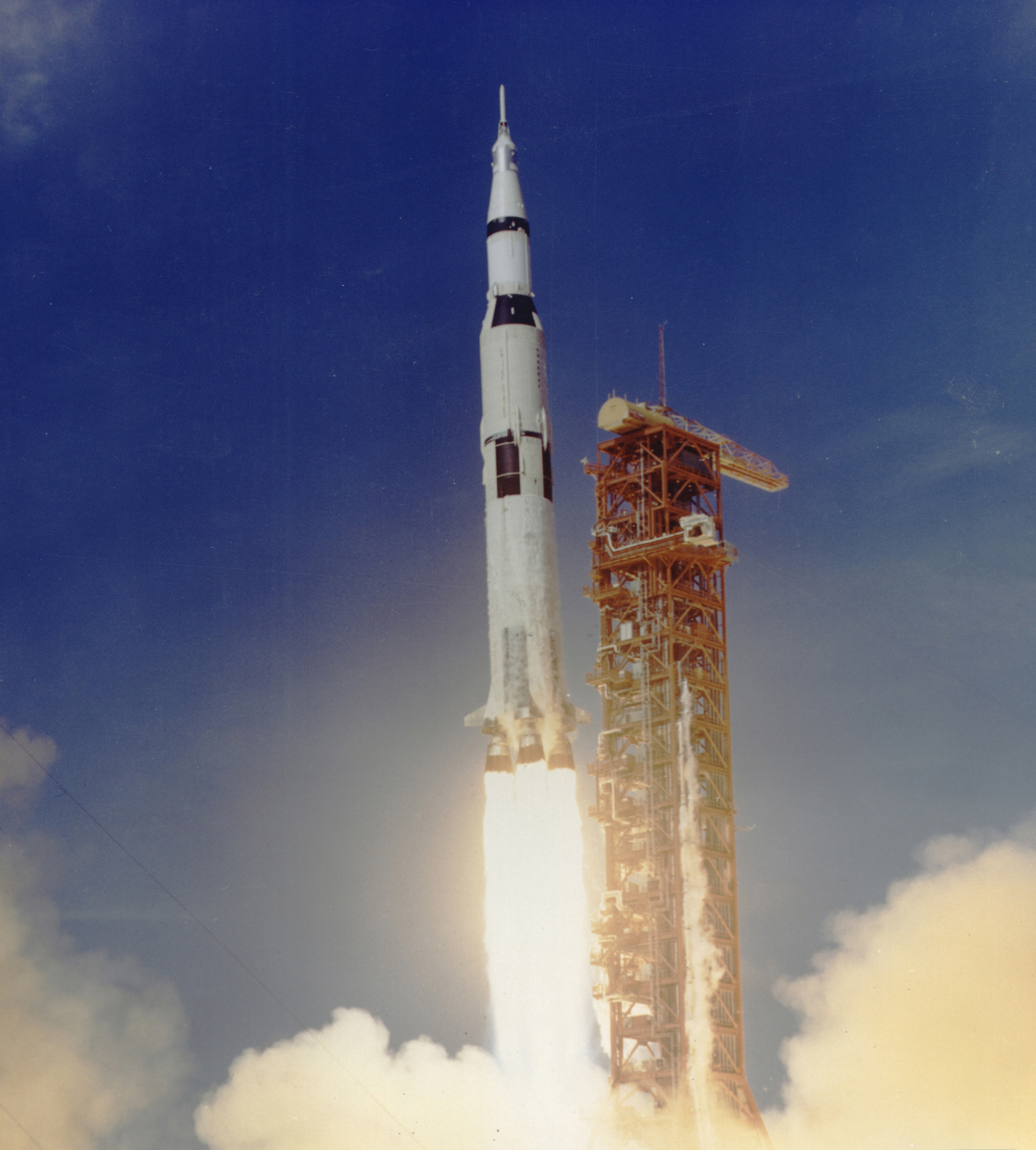 File Apollo 11 Launched Via Saturn V Rocket