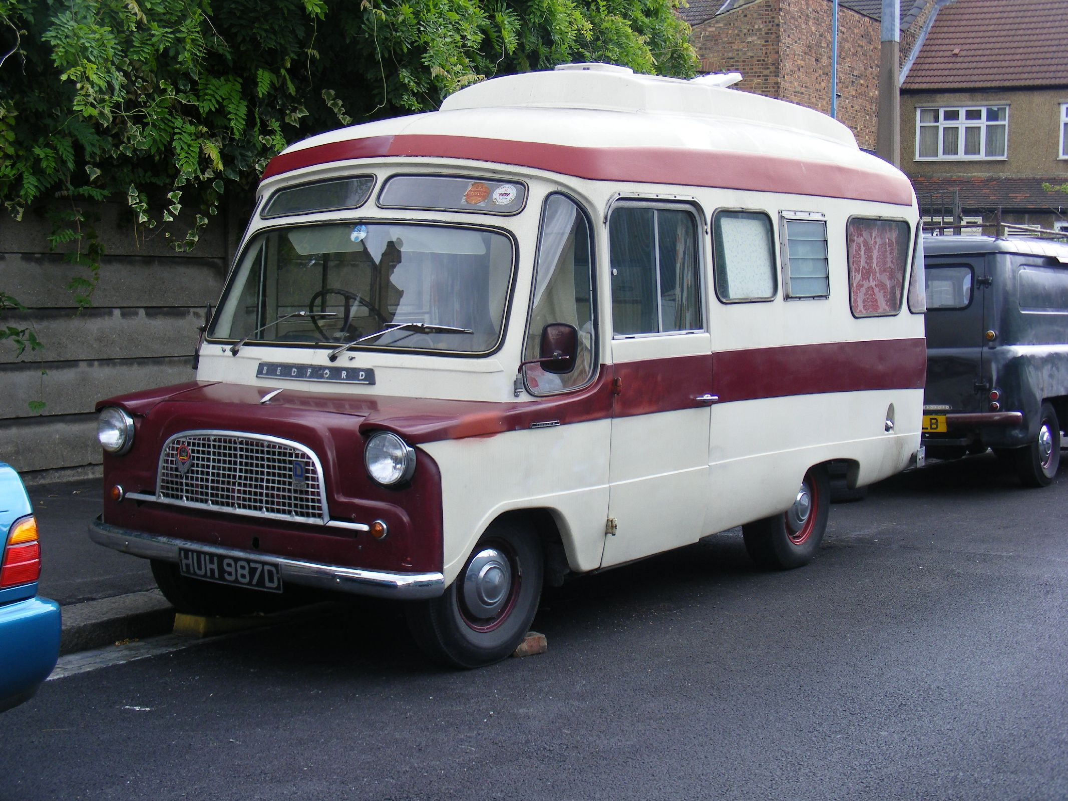 Campervans For Sale >> File:Bedford CA camper, E10 - Flickr - sludgegulper.jpg ...
