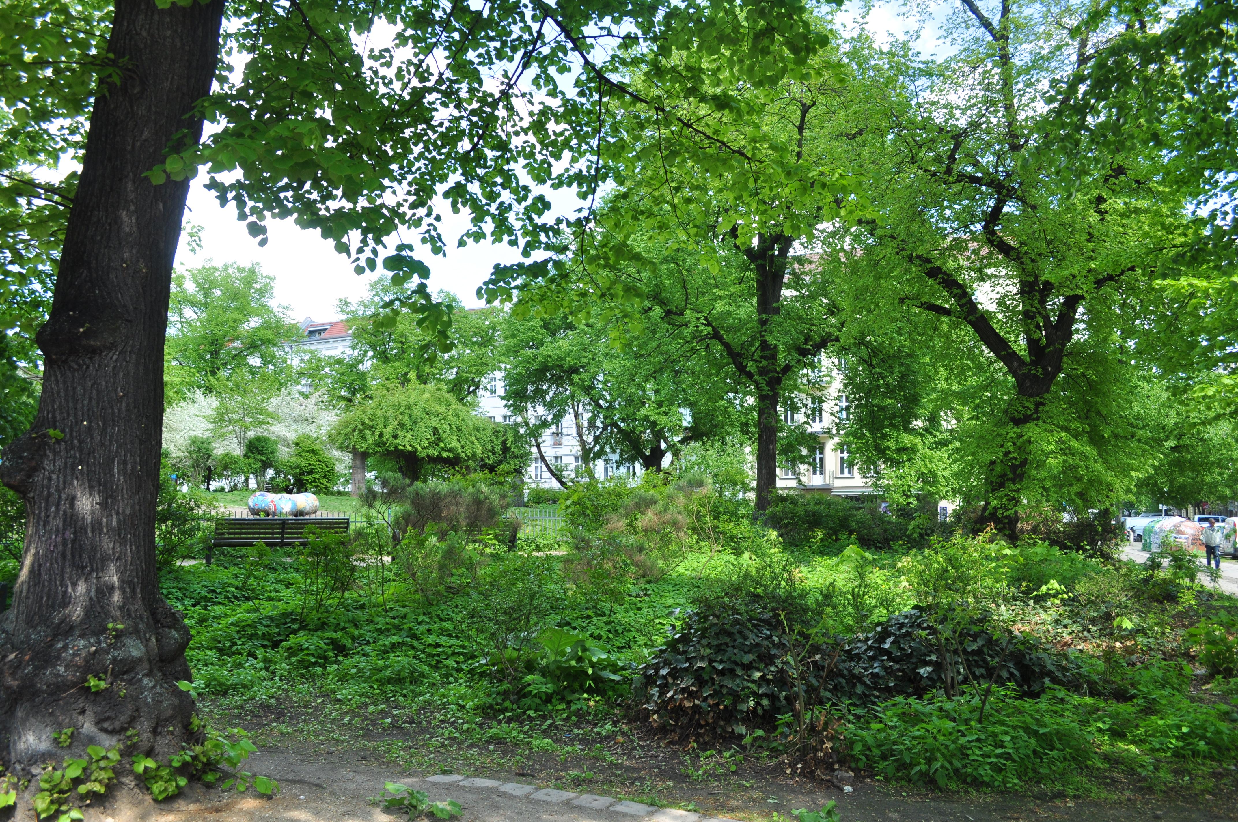 Fileberlin Prenzlauer Berg Helmholtzplatz 01jpg Wikimedia Commons