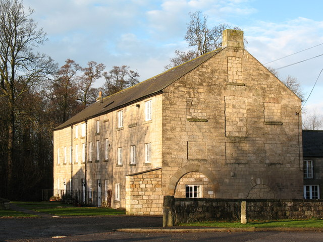 Bishop Monkton Mill - geograph.org.uk - 630119