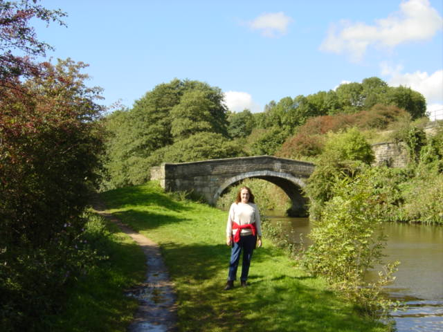 Bridge over the Leeds-Liverpool Canal - geograph.org.uk - 249243