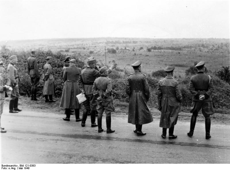 File:Bundesarchiv Bild 121-0383, Frankreich bei Langres, Dienstreise.jpg