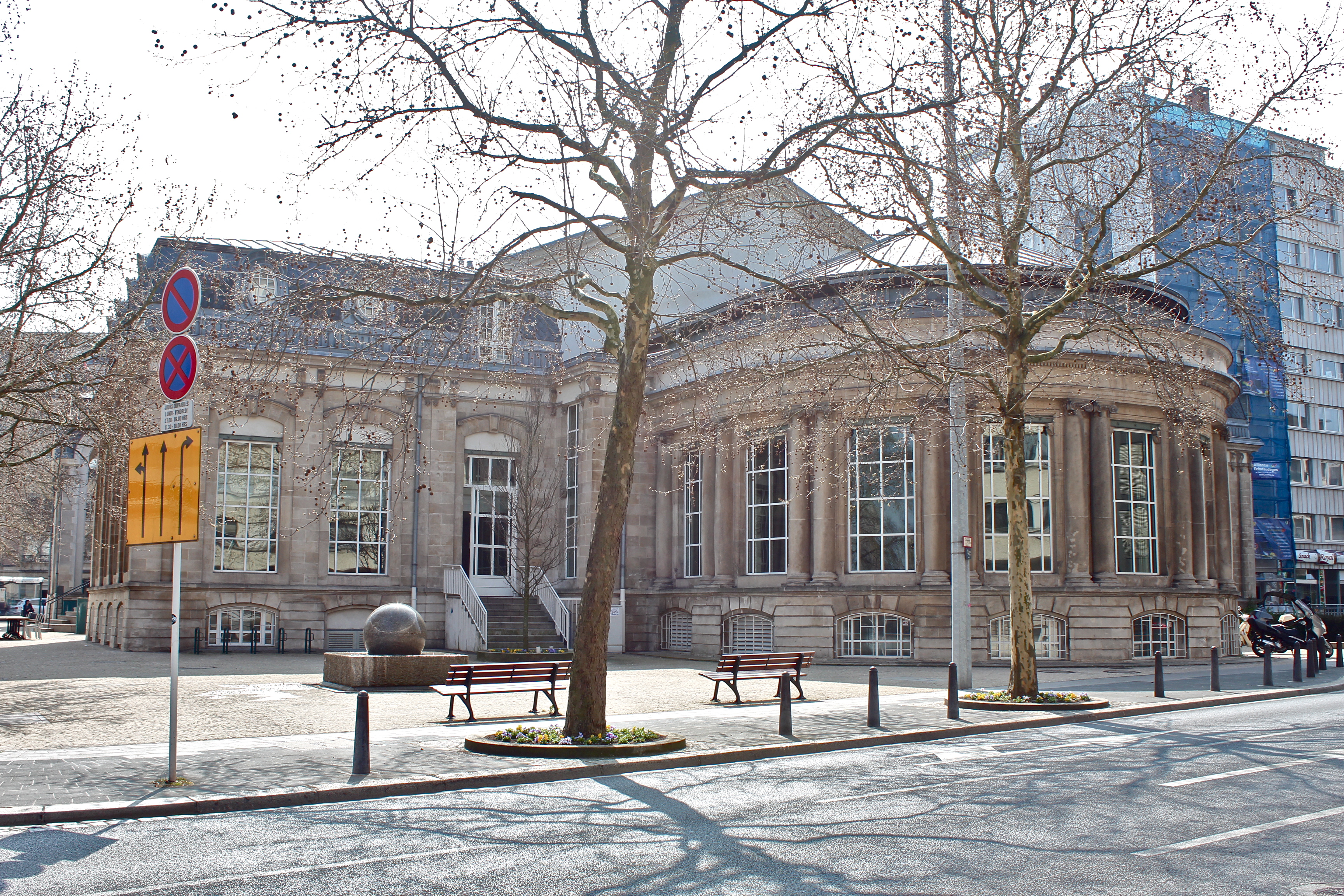 Badanstalt stad l tzebuerg wikiwand for Badanstalt piscine luxembourg