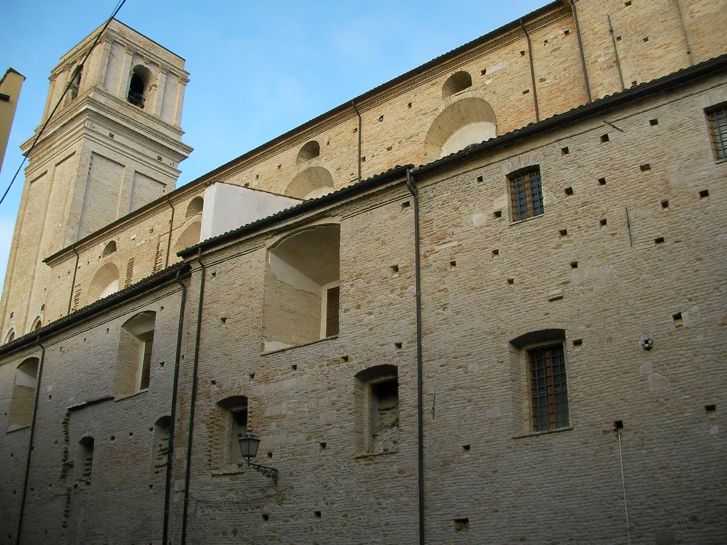 File:Chiesa di Santa Maria Maggiore, Vasto 2.JPG ...