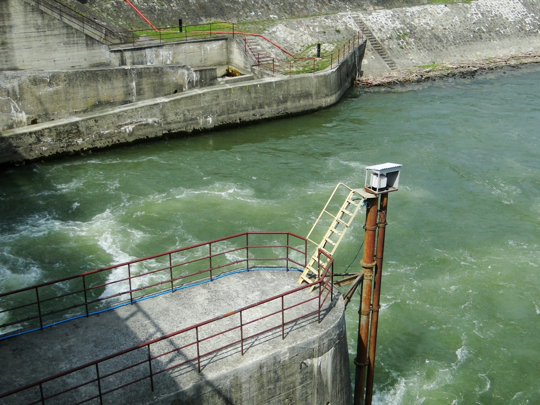 Czch%C3%B3w_-_Hydroelectric_power_plant_