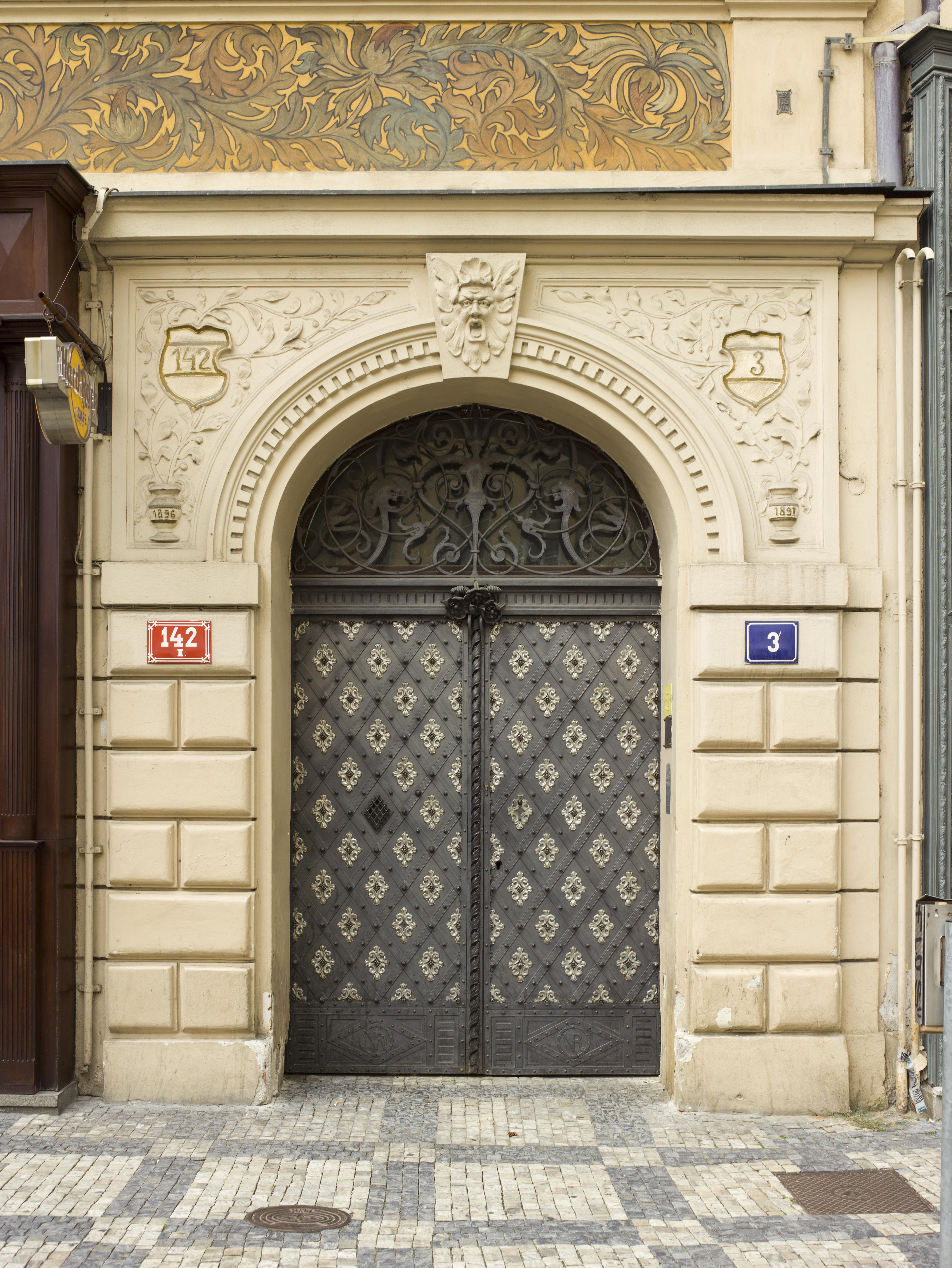 FileCzech-2013-Prague-V.J. Rott building (Door).jpg & File:Czech-2013-Prague-V.J. Rott building (Door).jpg - Wikimedia Commons