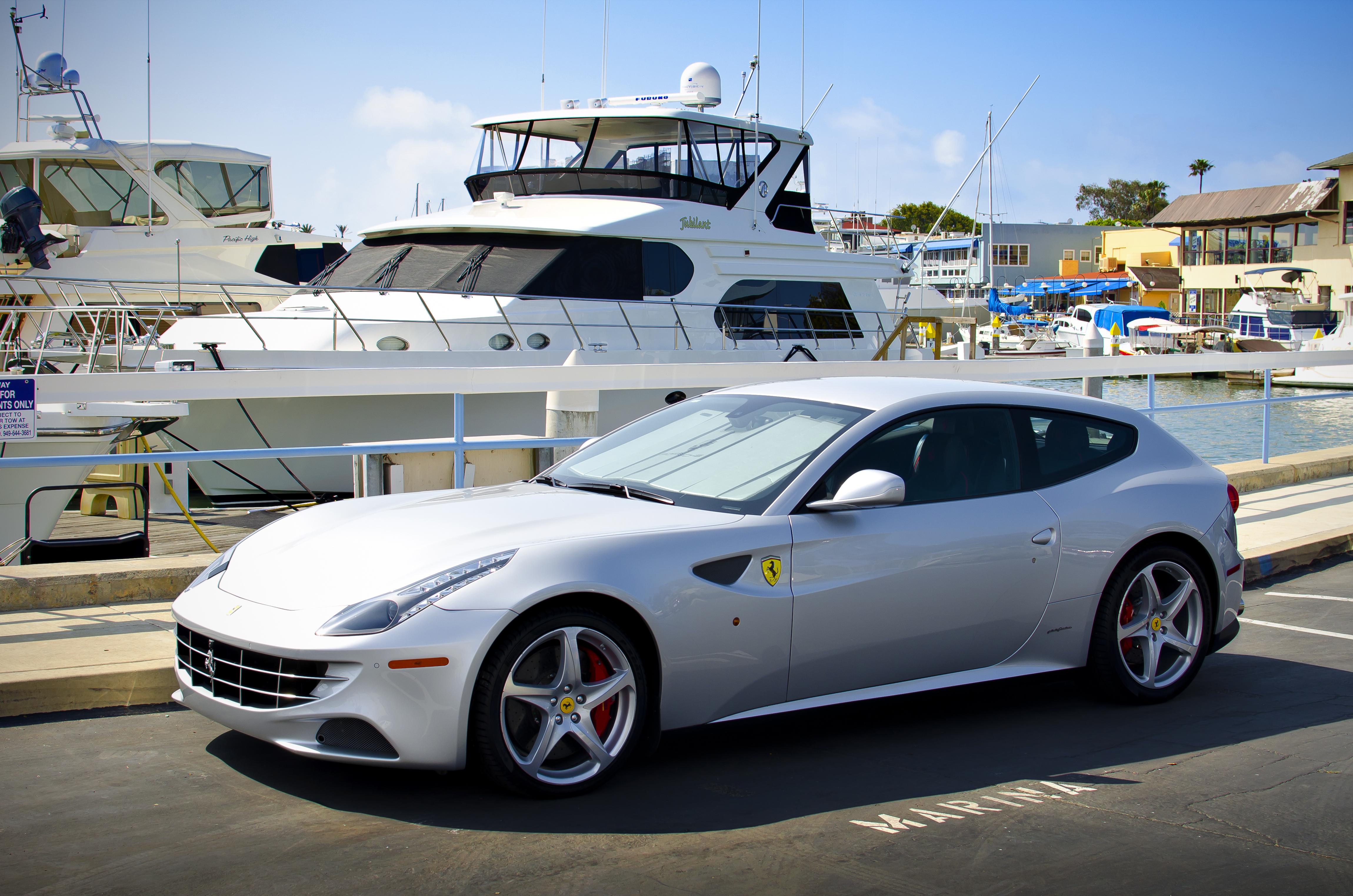Ferrari FF , Wikipedia