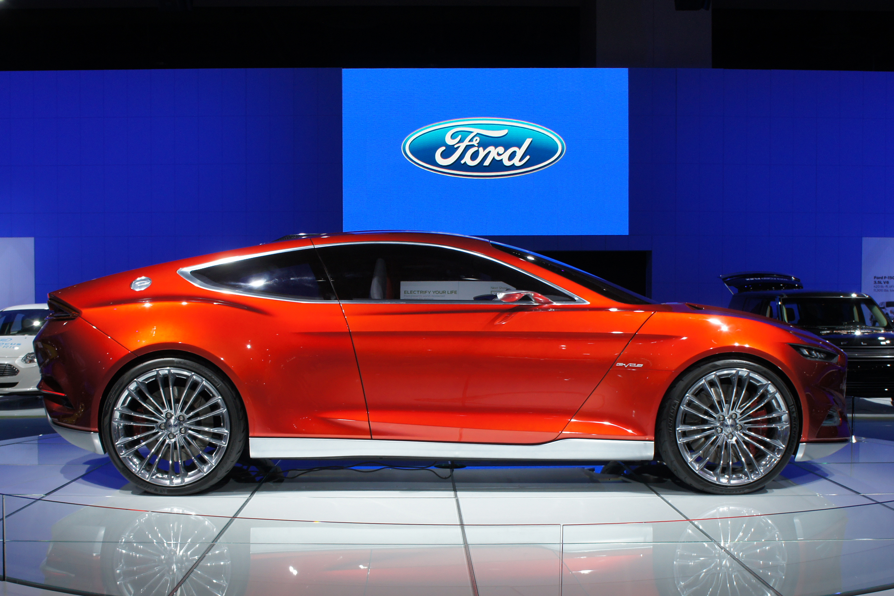 wallpaper electric car file ford evos plug in hybrid was. Black Bedroom Furniture Sets. Home Design Ideas