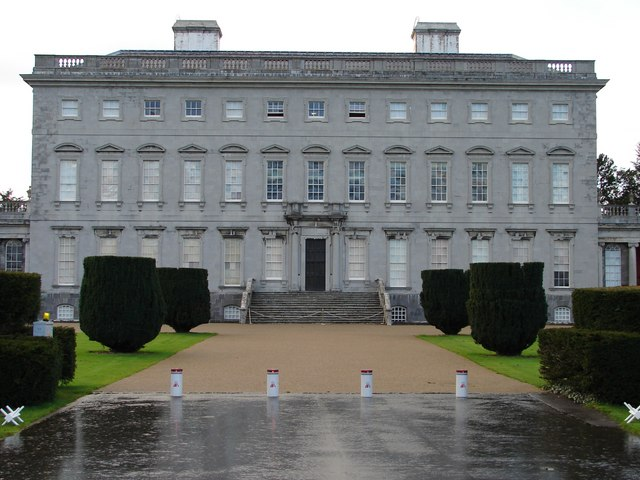 File:Front Elevation, Castletown House - geograph.org.uk - 1008011.jpg