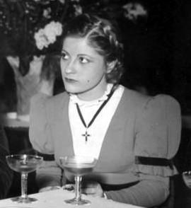 Gisela Uhlen Größe