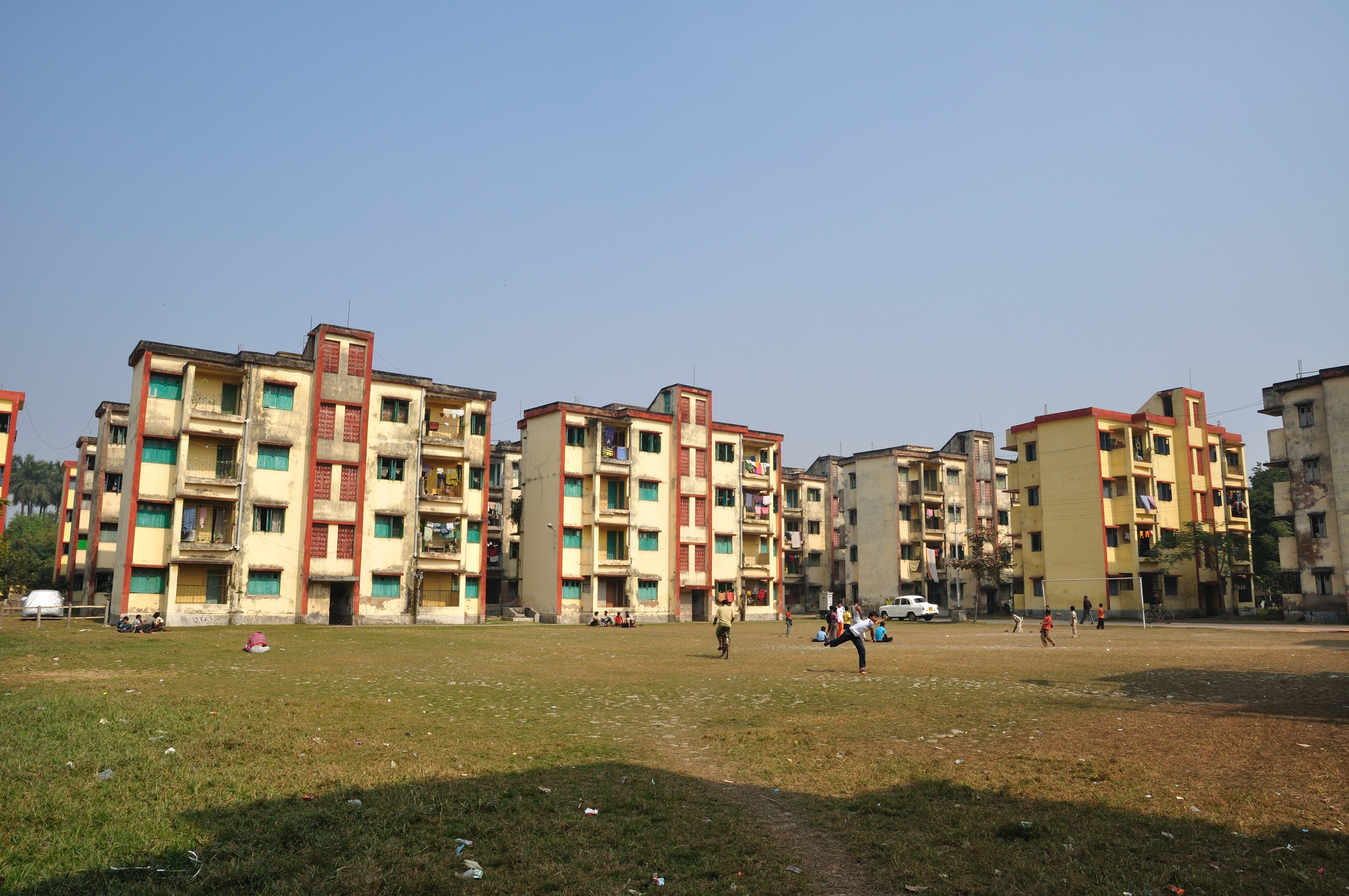 File Government Of West Bengal Rental Housing Estate Howrah 2011 01 08 9920 Jpg Wikimedia