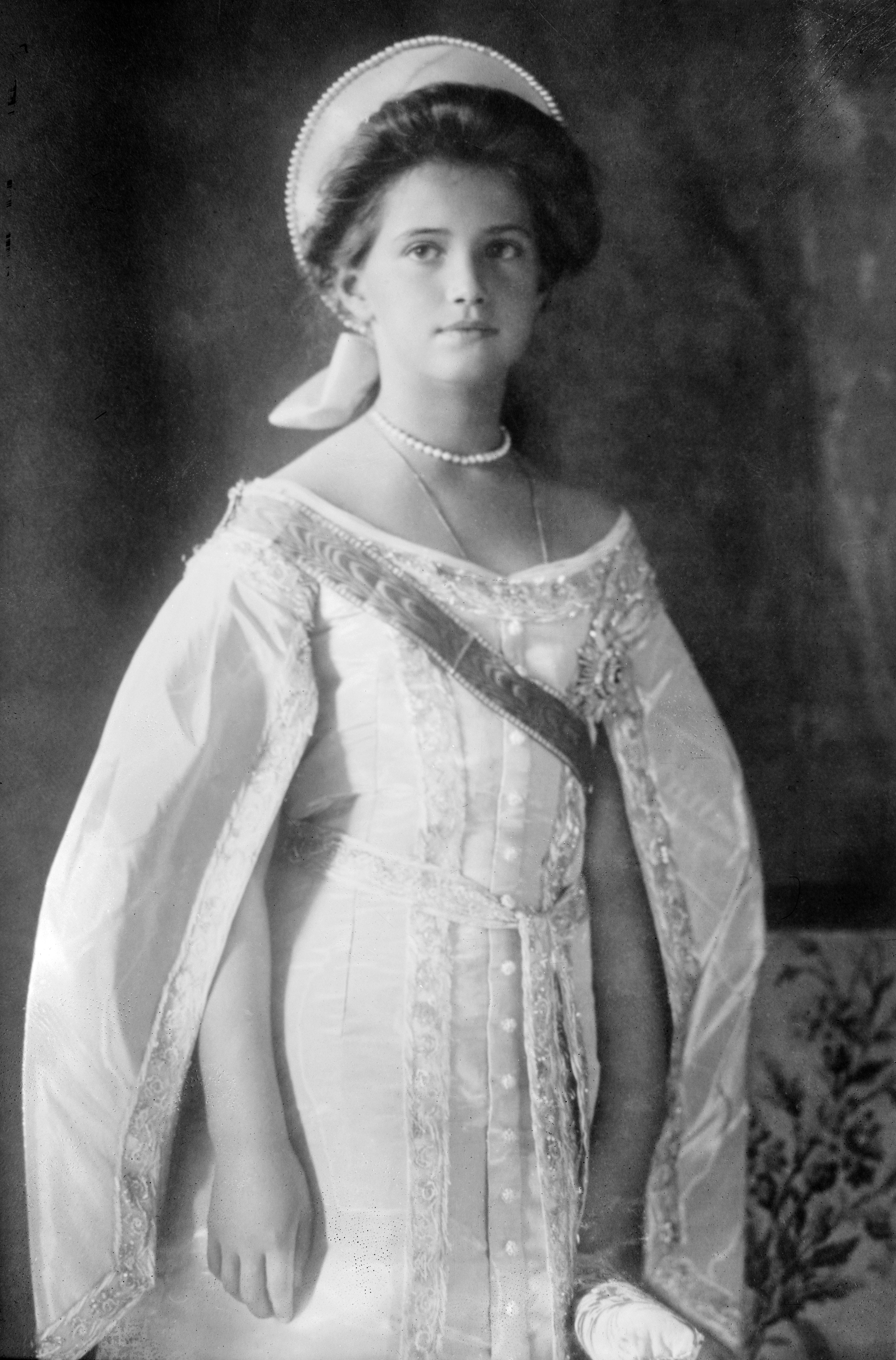 anastasia grand duchess or grand impostor essay So who was anastasia, the russian grand duchess that the storyteller  name  franziska schanzkowska, was, by far, the most famous impostor.