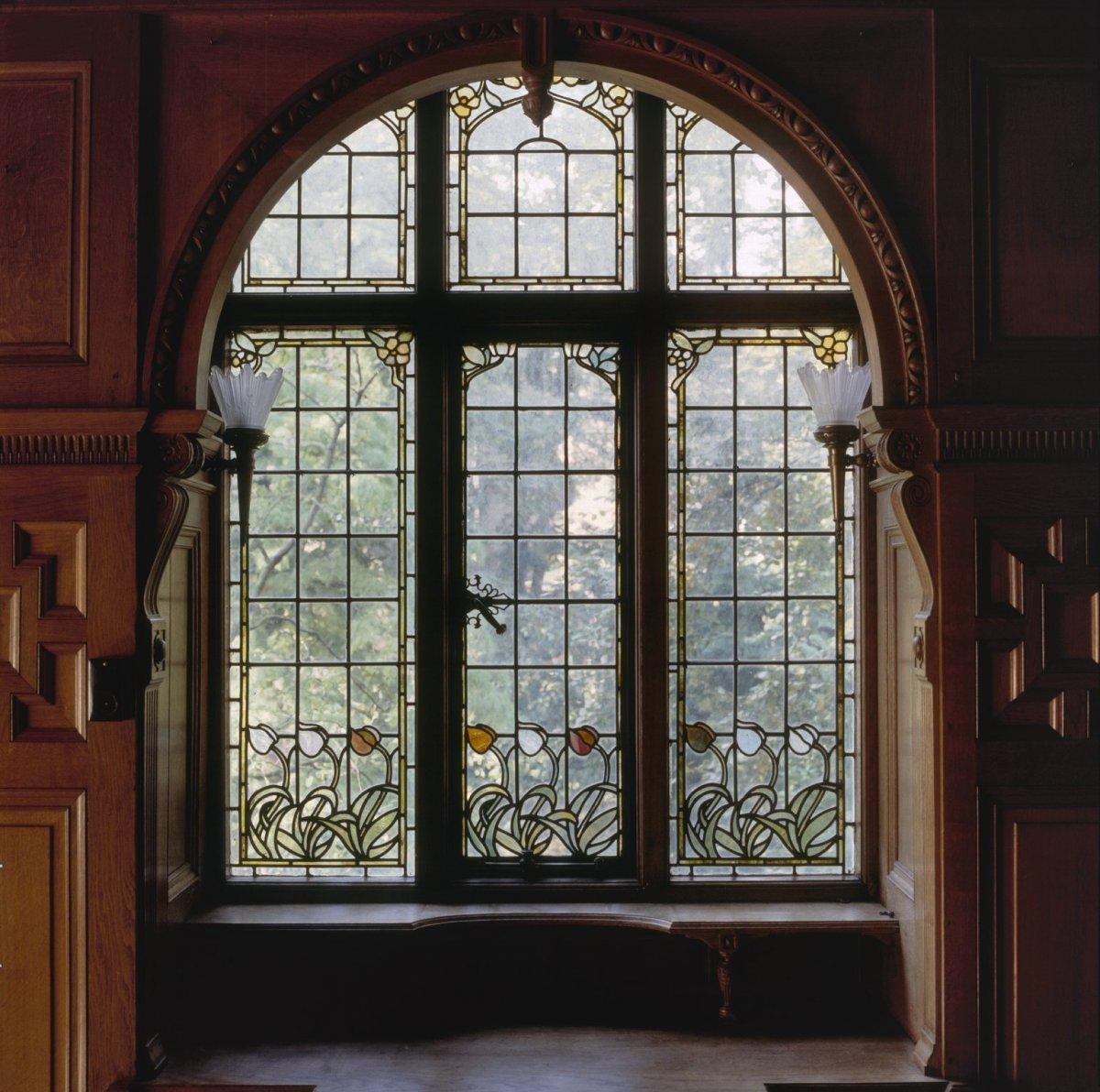Bestand interieur aanzicht glas in loodraam amsterdam for Interieur amsterdam