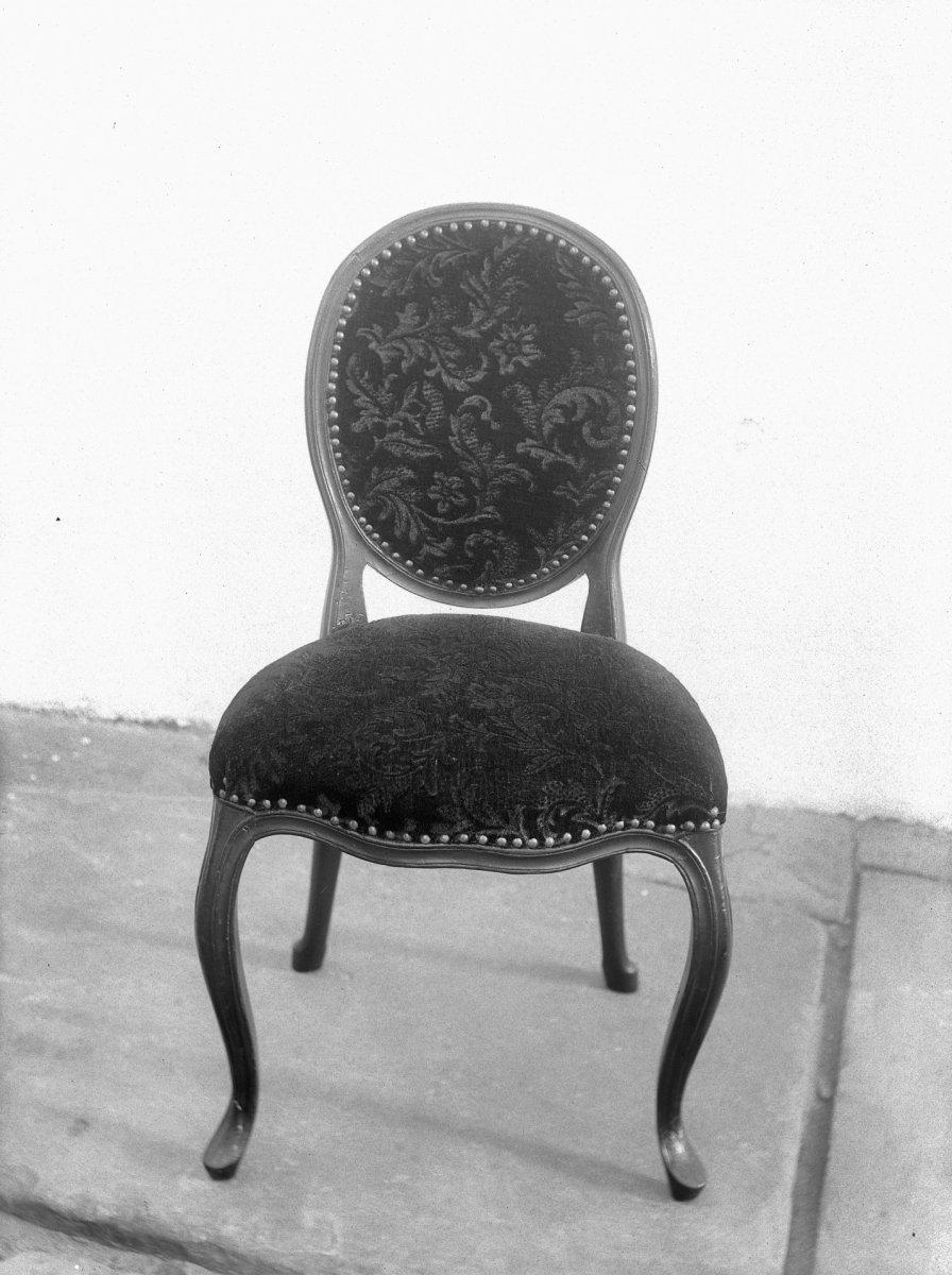 bestandinterieur stoel met trijpen bekleding haarlem 20098664 rcejpg