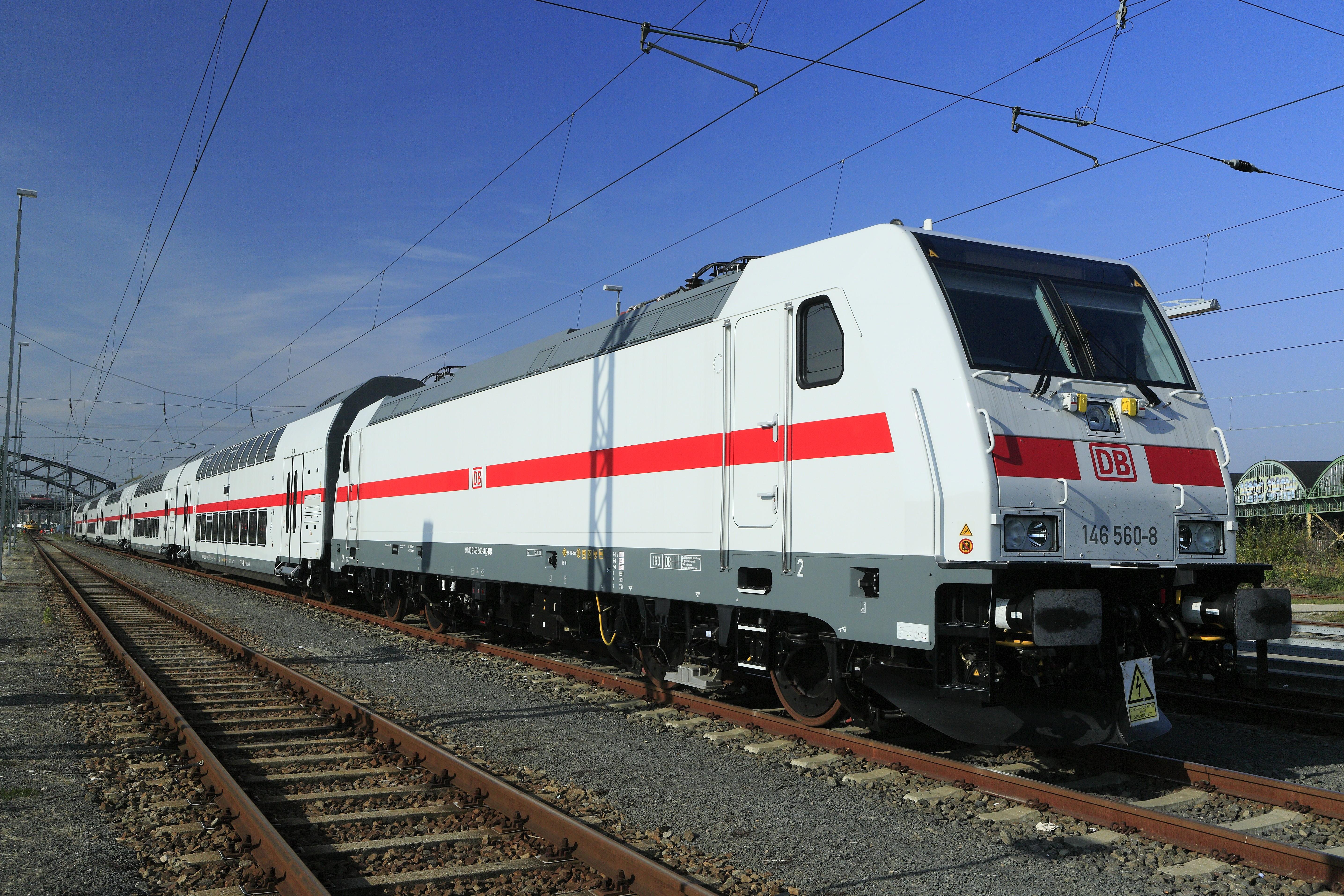 J24 223 Schönefelder Gruppe, 146 560.jpg