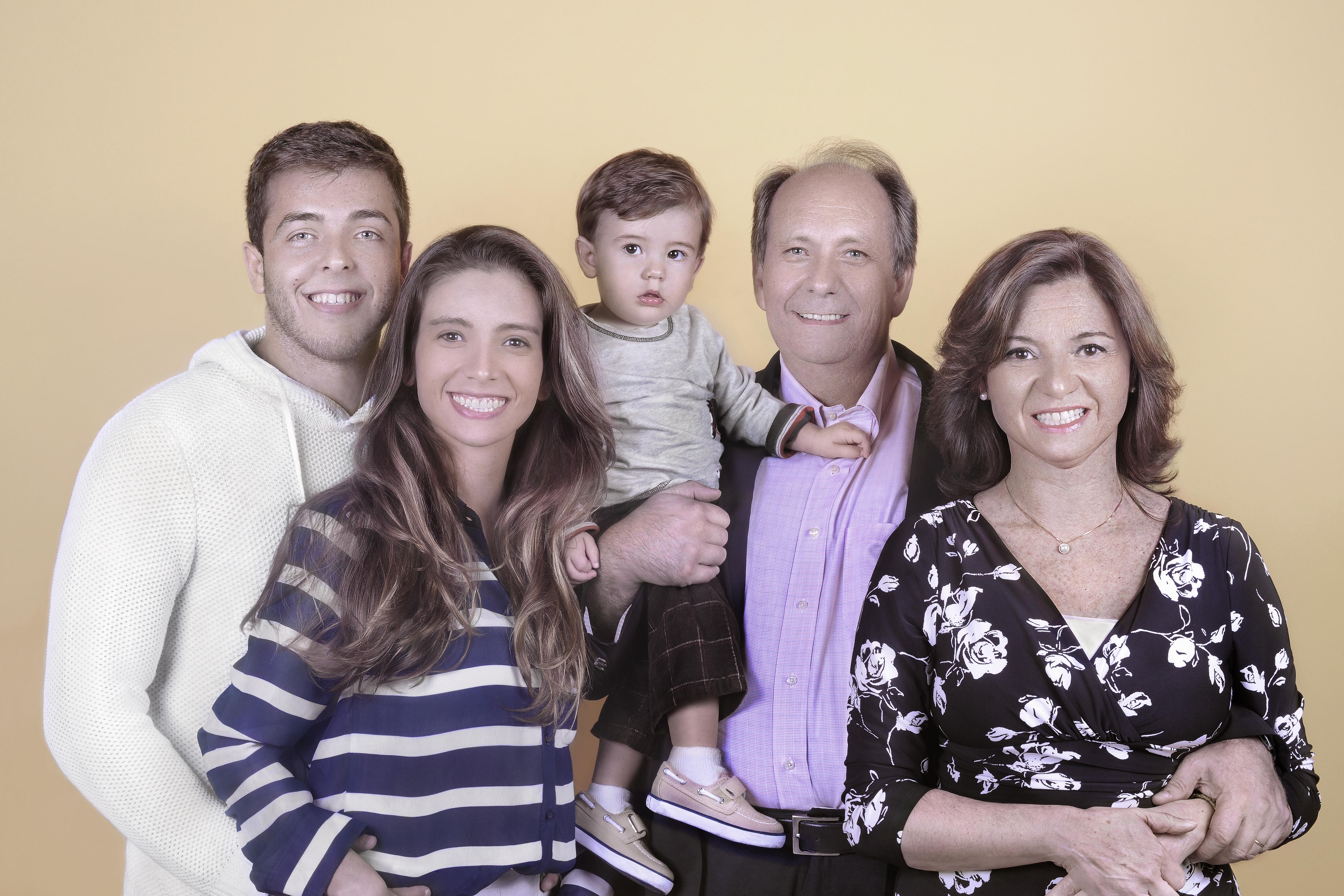 Familia within file:lamartine posella familia - wikimedia commons