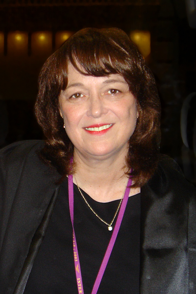 Linda B . Buck
