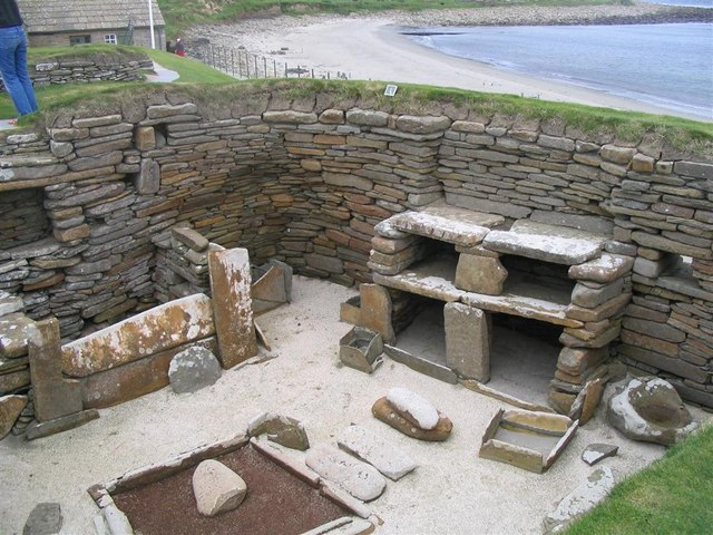 File:Looking down into one of the dwellings at Skara Brae - geograph.org.uk - 1574813.jpg