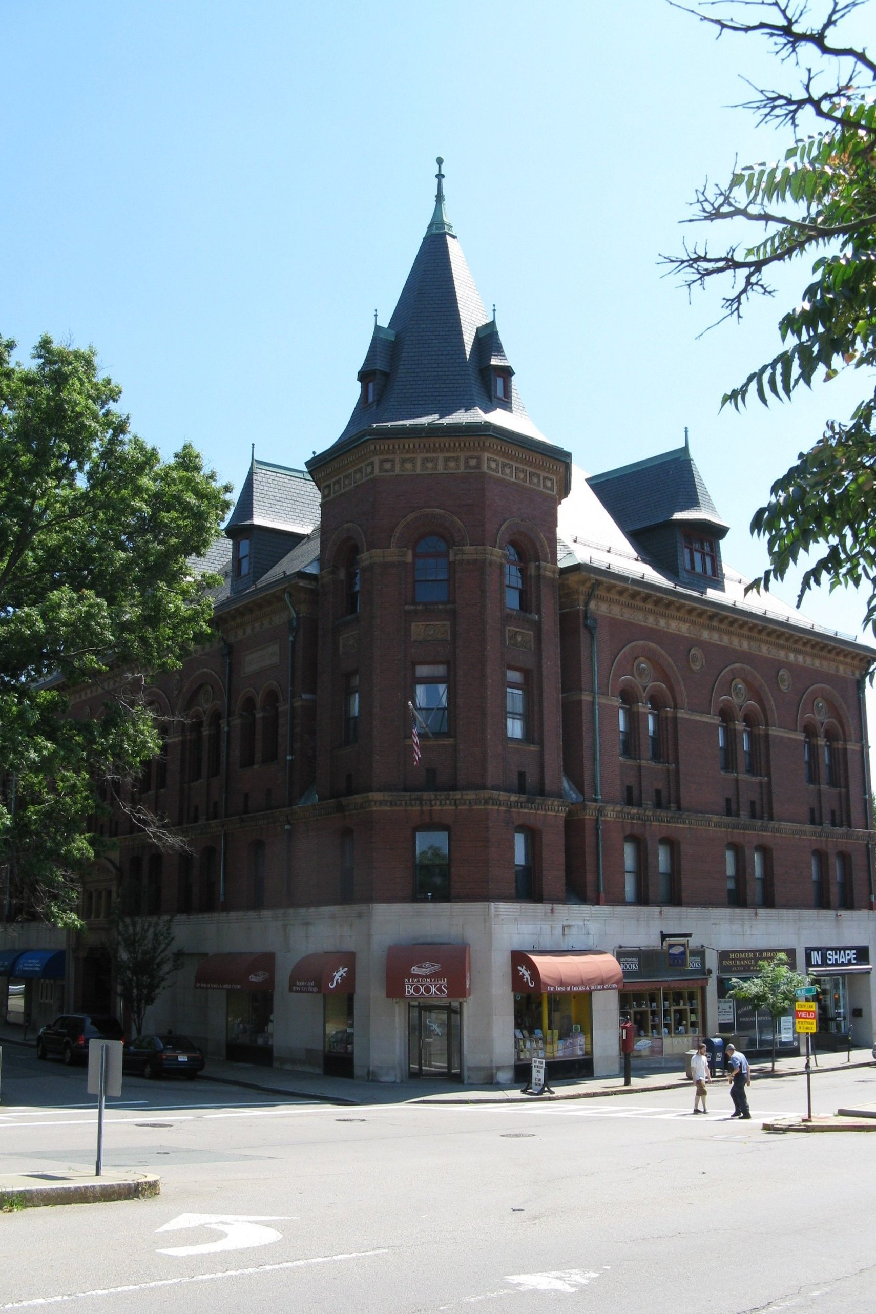 File masonic building newtonville wikimedia commons for Building a house in ma