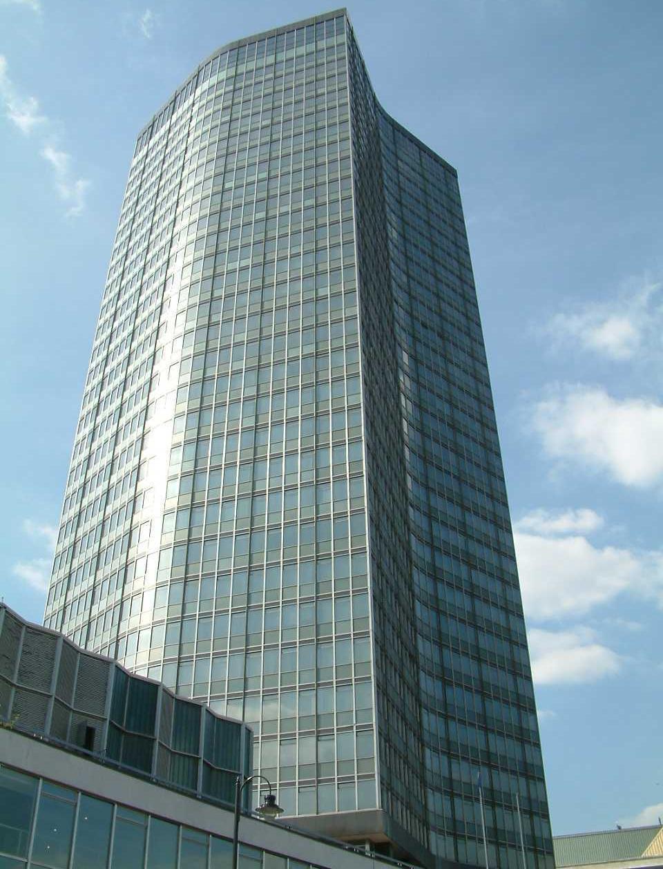 Millbank Tower - Wikipedia