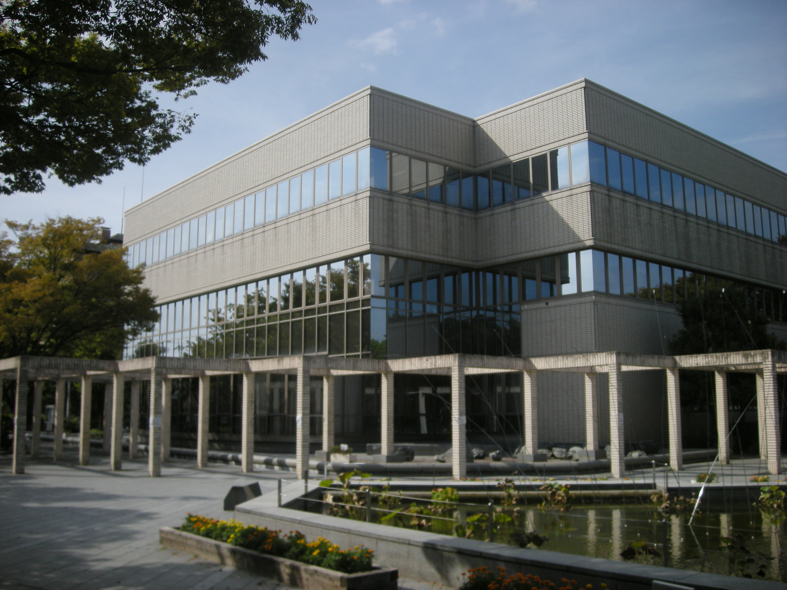 Minoh-City Library.jpg
