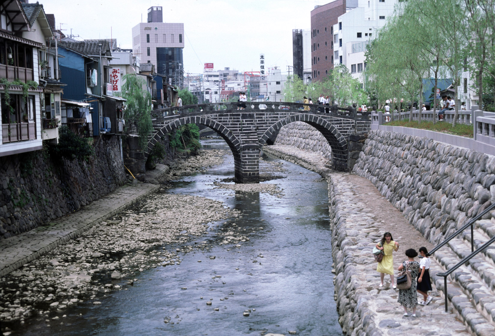 Nagasakimeganebashi1