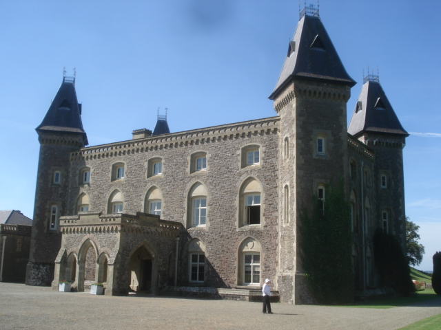 Newton House, Llandeilo - Wikipedia