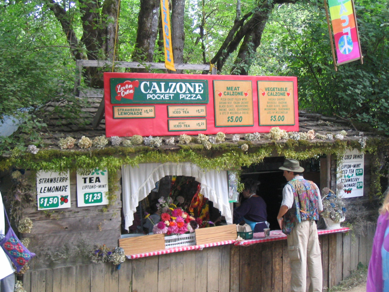 Description Oregon Country Fair 2004 Calzones.jpg