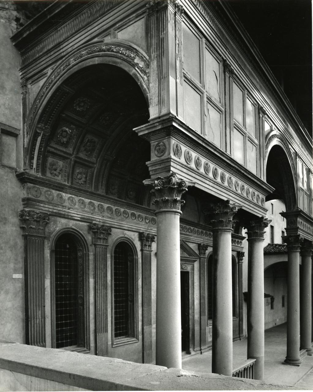 Paolo Monti - Servizio fotografico (Firenze, 1966) - BEIC 6366268.jpg