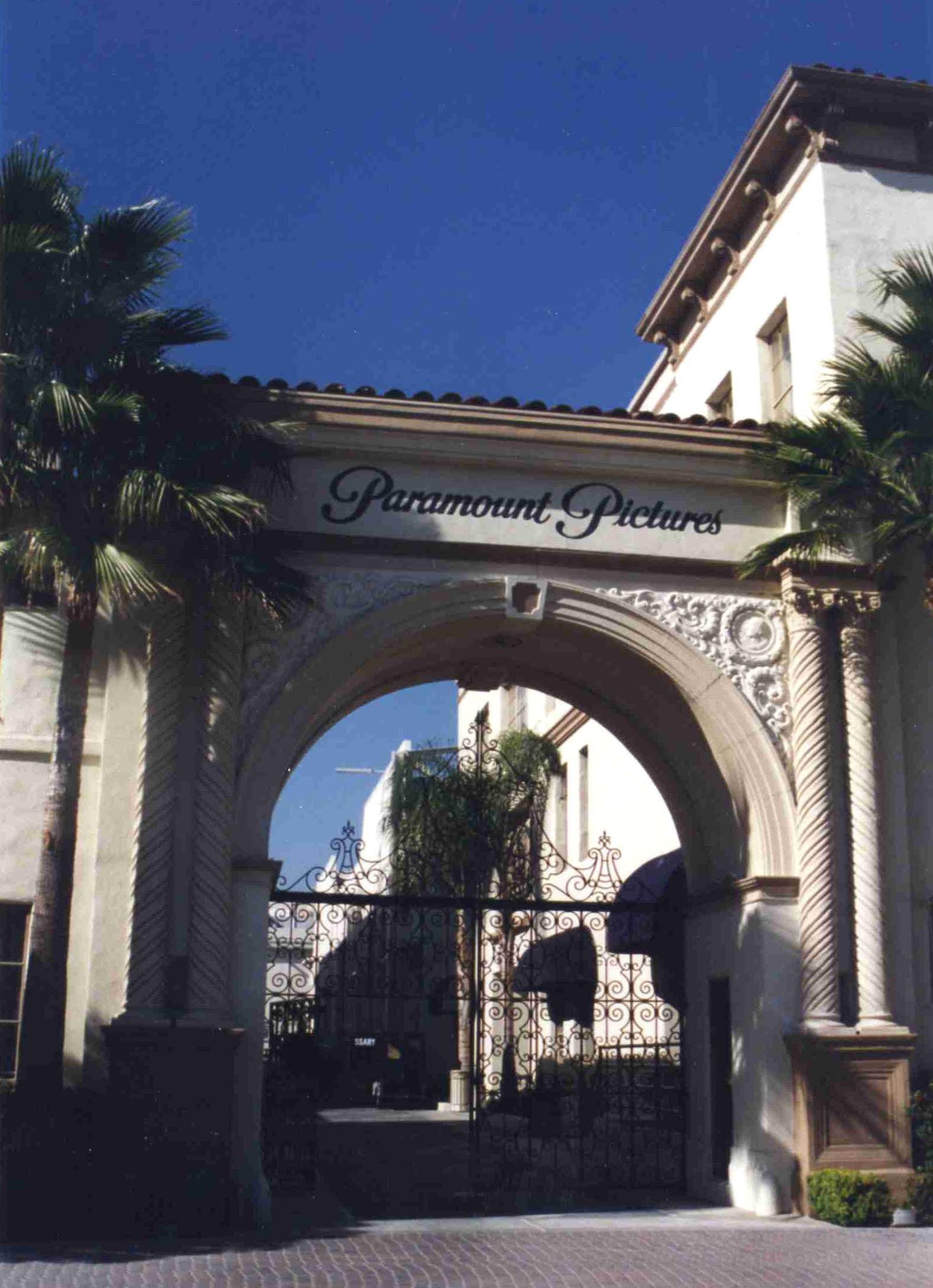 Paramount Pictures википедия