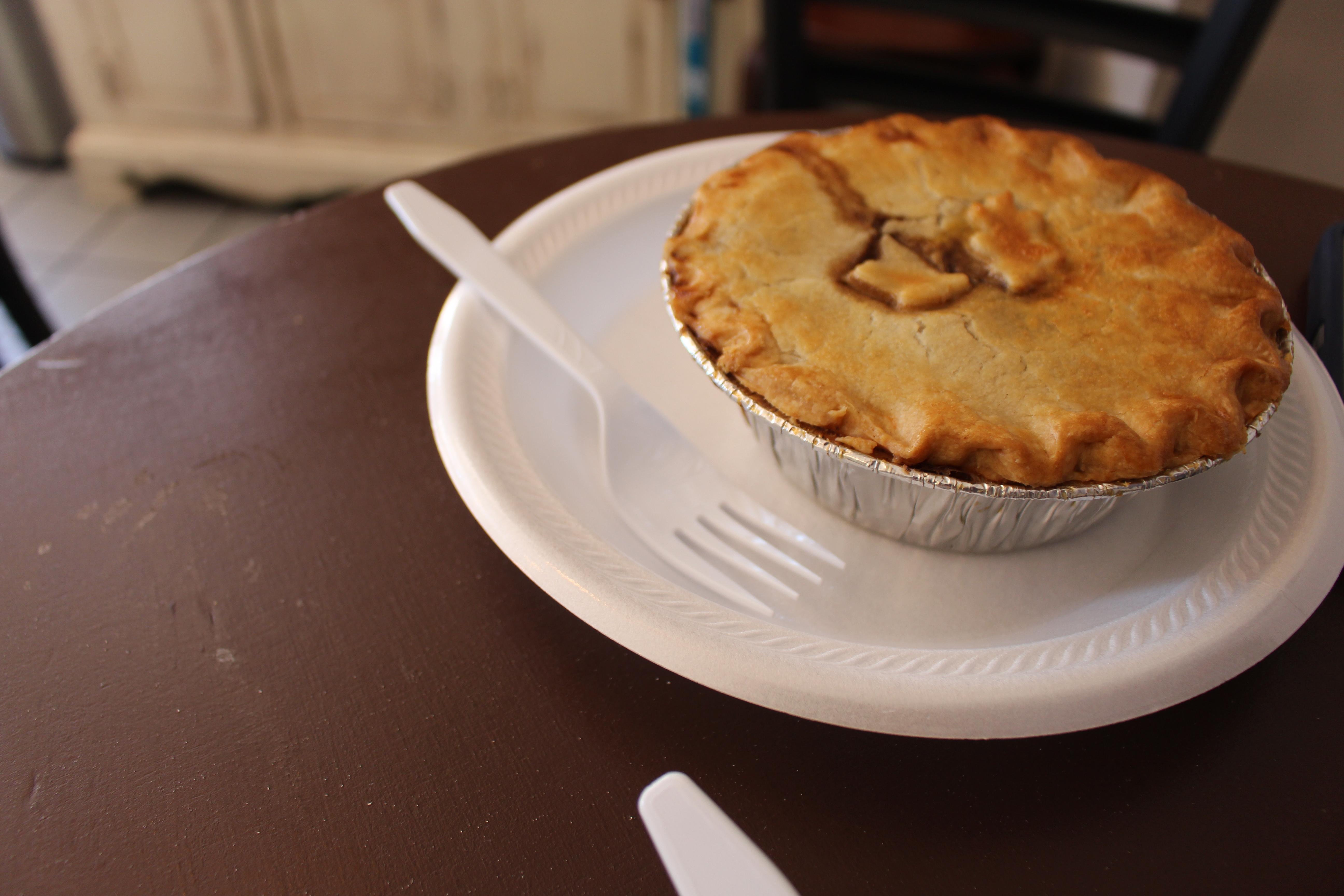 File:Peppered steak pie, British Pie Company, Savannah.jpg ...