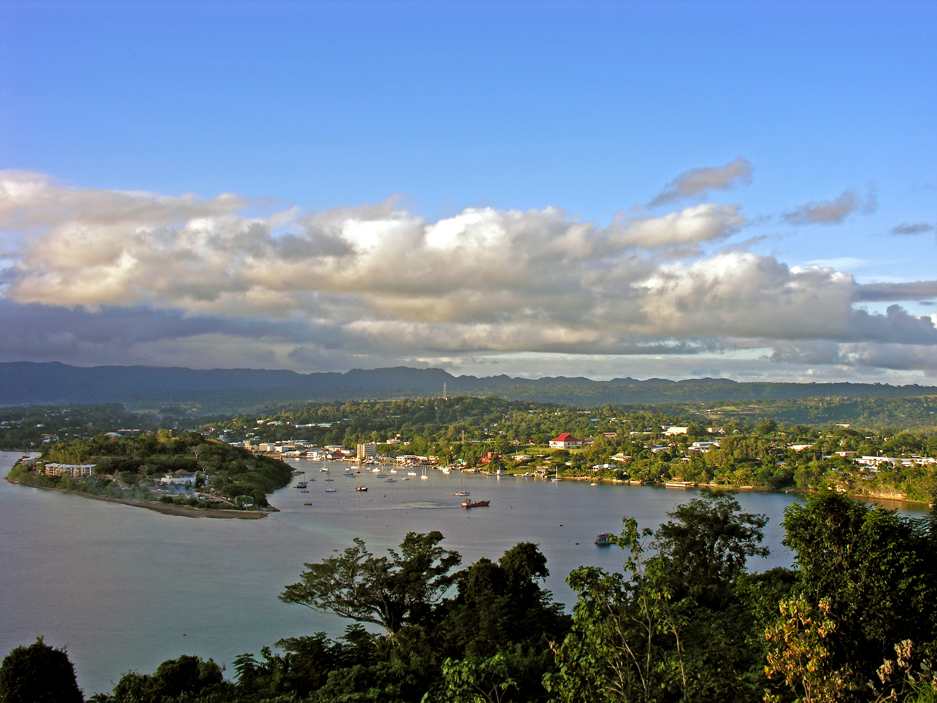 Port Vila Vanuatu  City new picture : Description Port Vila, Vanuatu, 2 June 2006 Flickr PhillipC