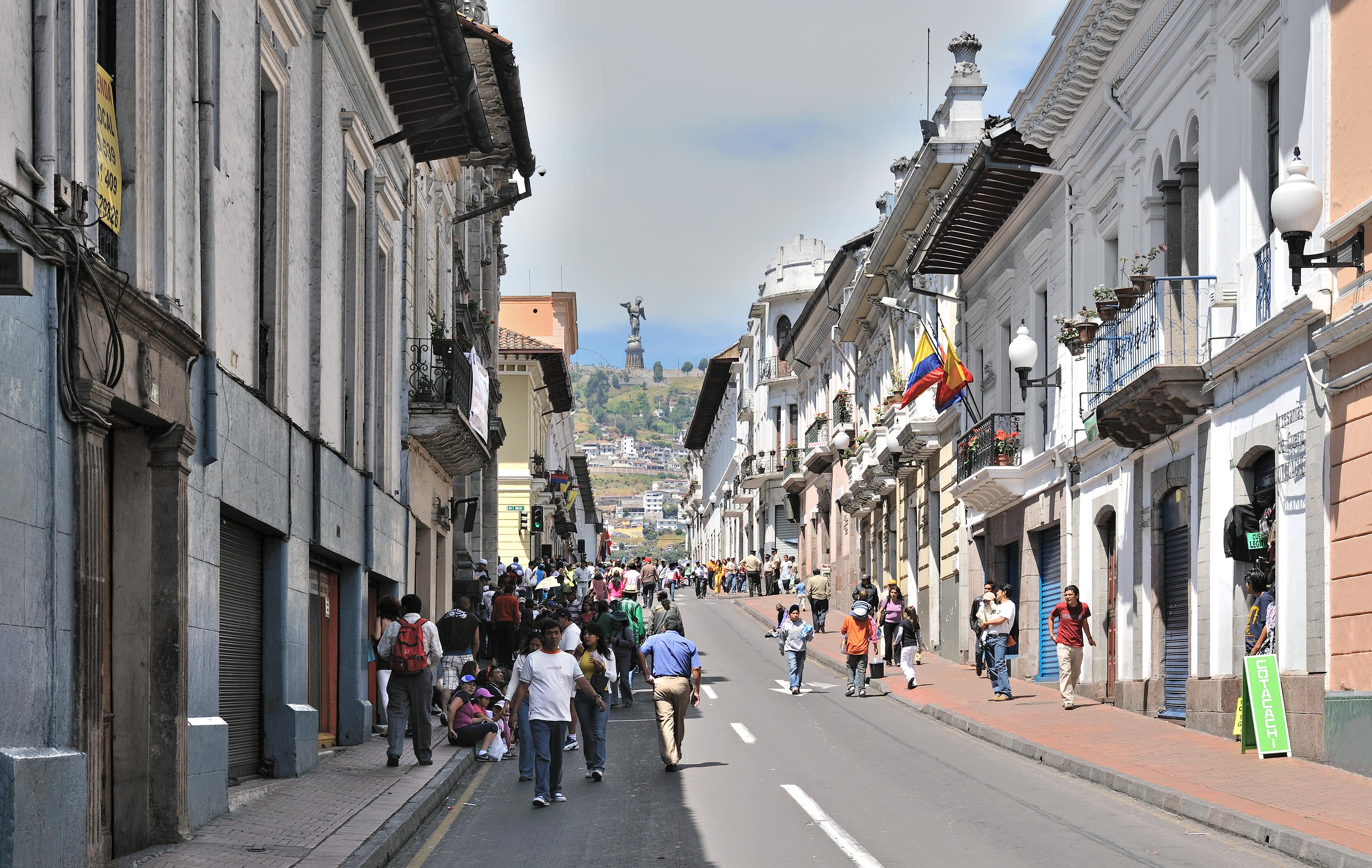 file quito calle venezuela panecillo wikimedia