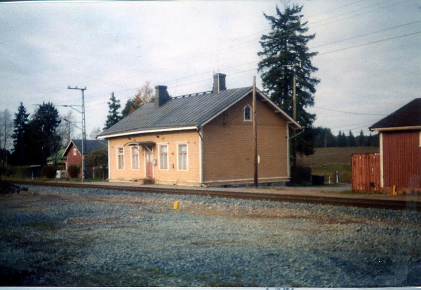 Nikkilän rautatieasema – Wikipedia