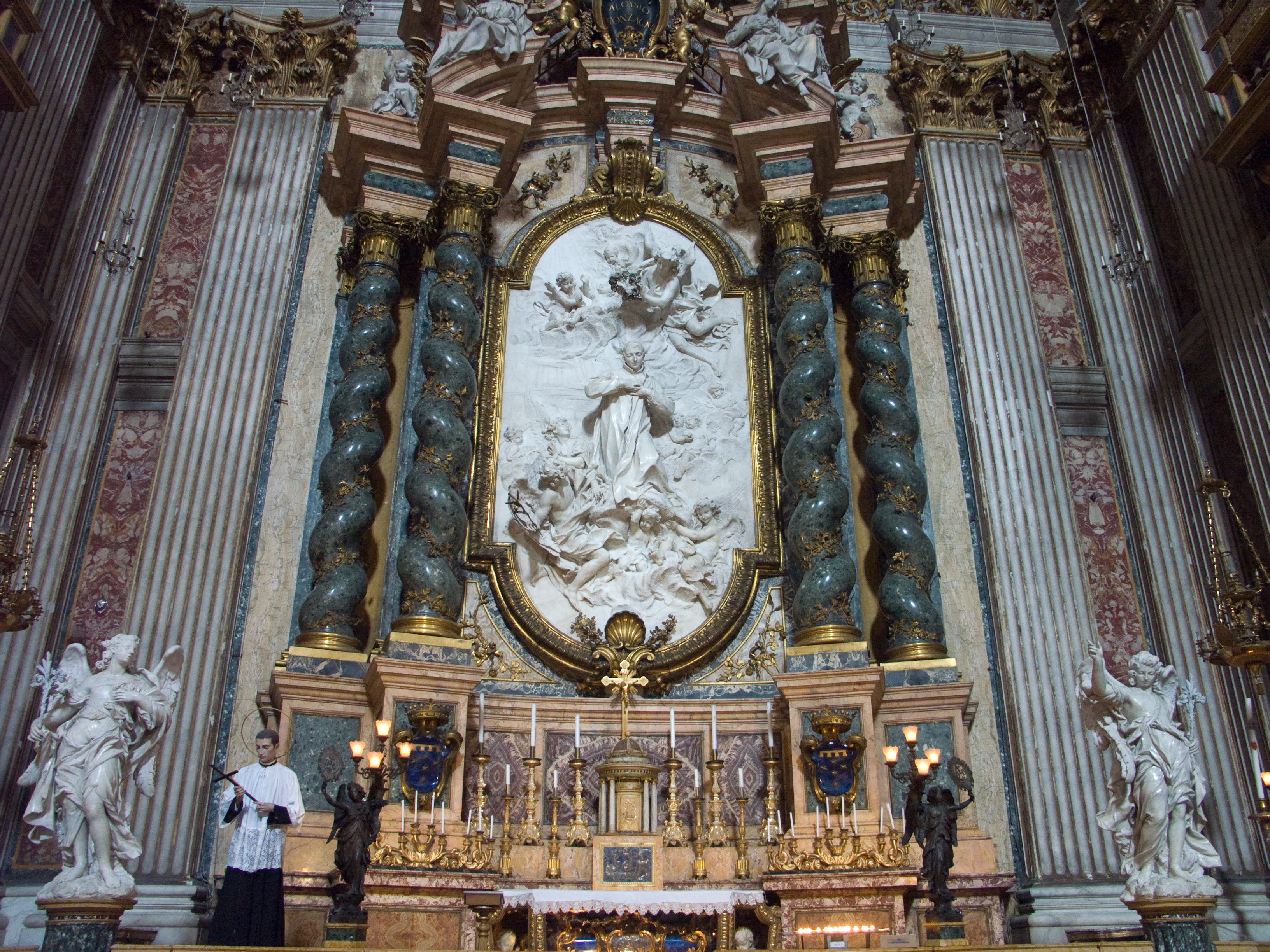 https://upload.wikimedia.org/wikipedia/commons/1/1f/Rome-SantIgnazio-StAloysiusGonzagaGlory.jpg
