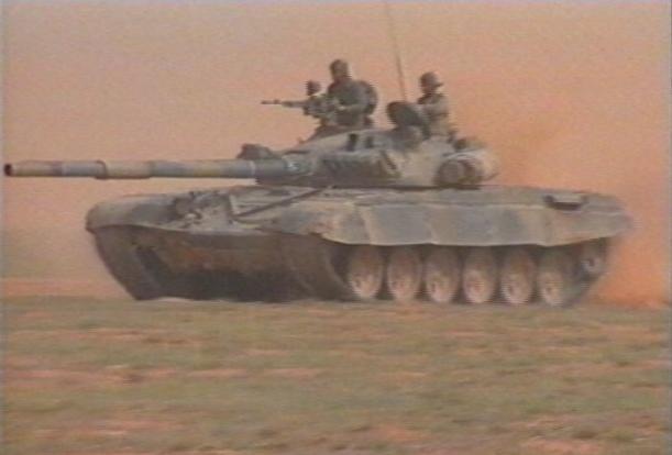 دبــابات القتــال الرئيسيــه فى الجيــوش العربيه  - صفحة 3 Tanks-Algeria
