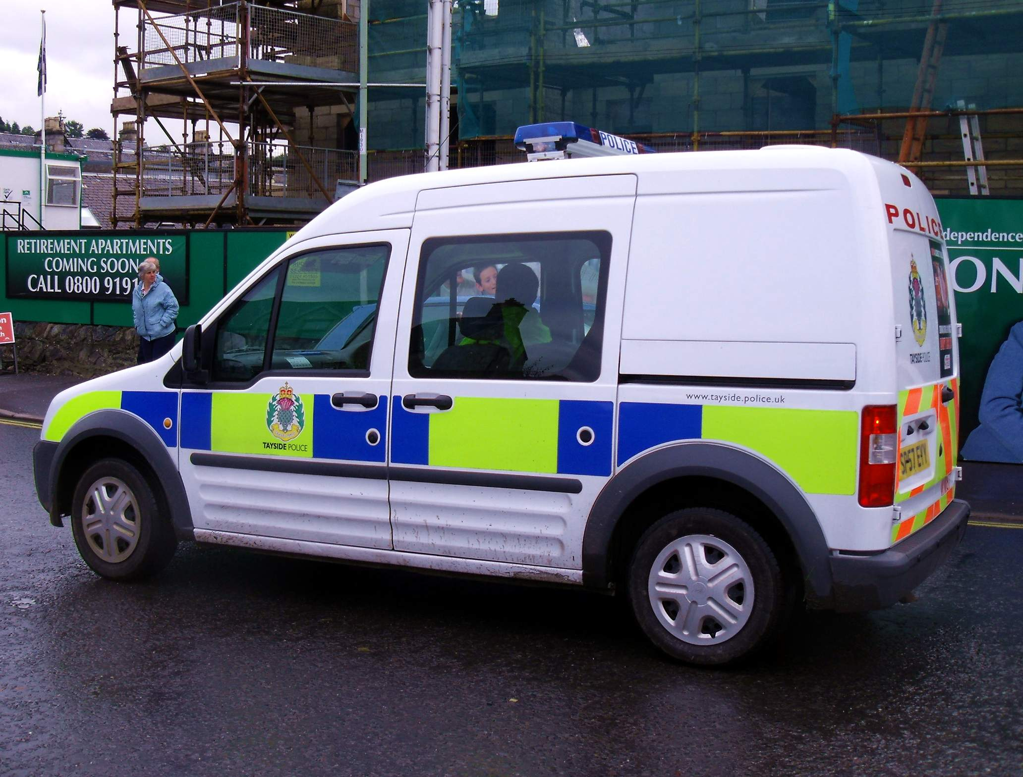 Ford Transit Connect >> File:Tayside Police Ford Transit Connect Van (1).jpg - Wikimedia Commons