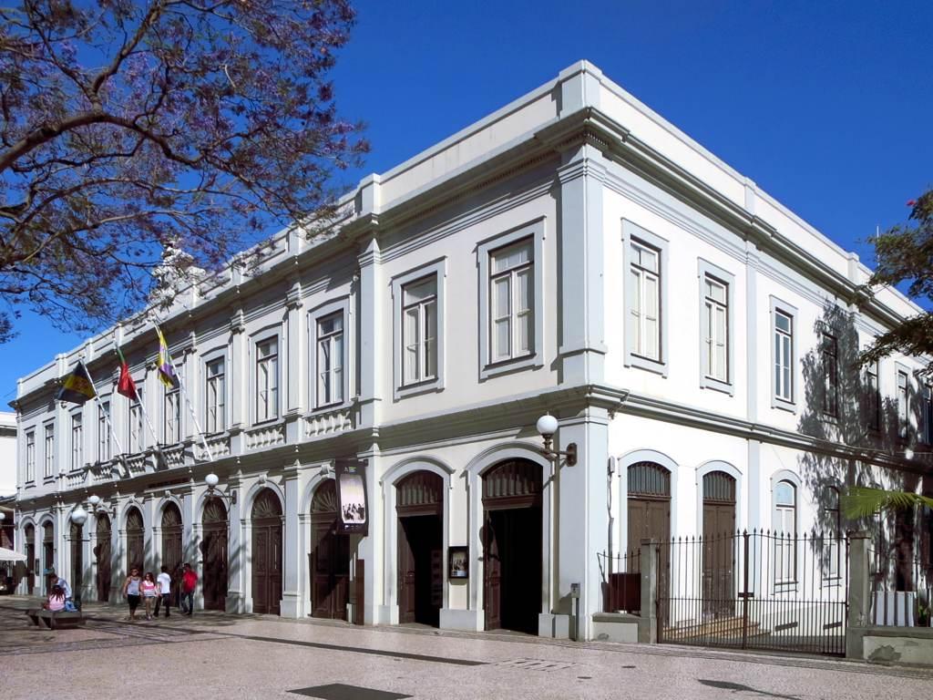 Teatro Municipal Baltazar Dias – Wikipédia a enciclopédia livre #1E52AE 1024x768