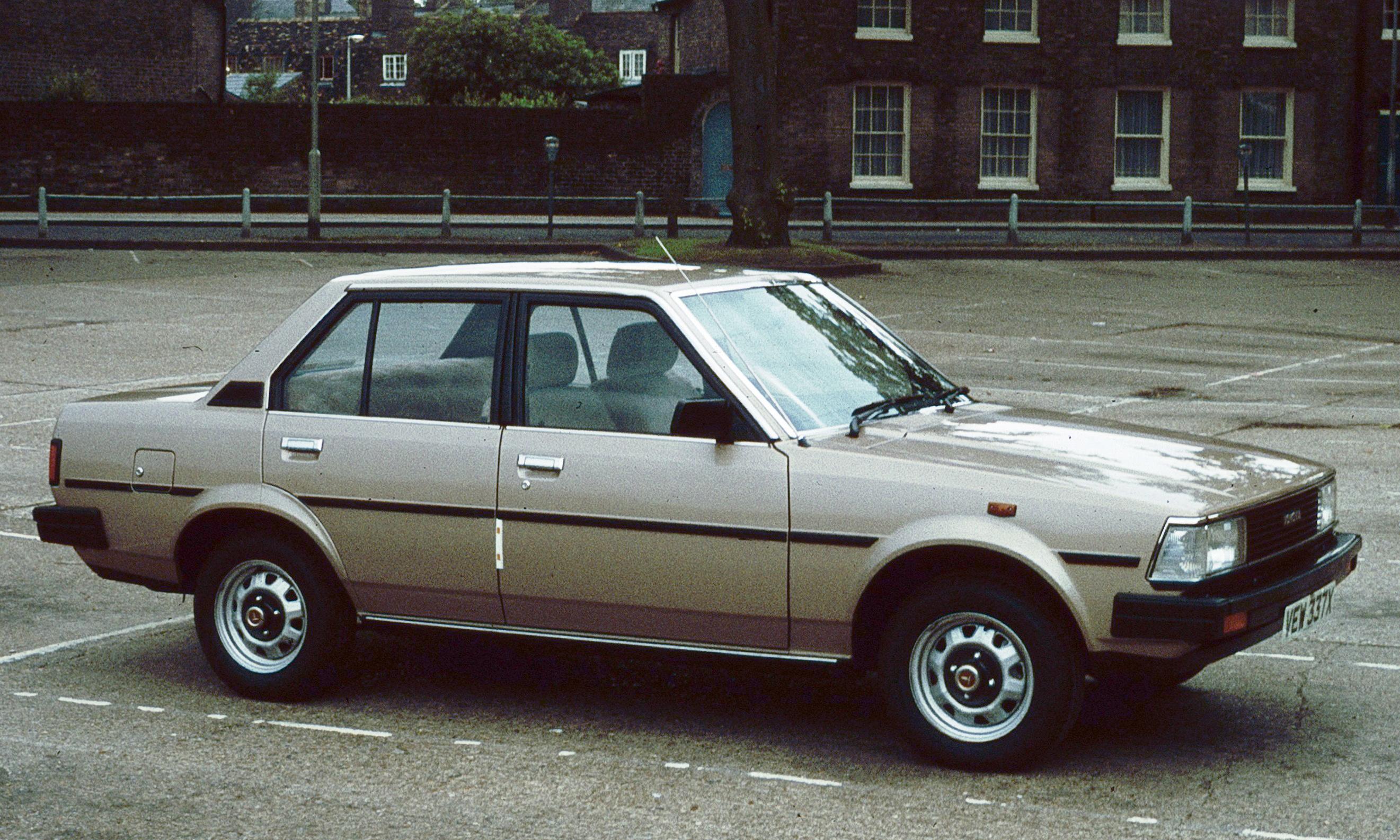 File Toyota Corolla E70 New Square 1981 Jpg Wikimedia
